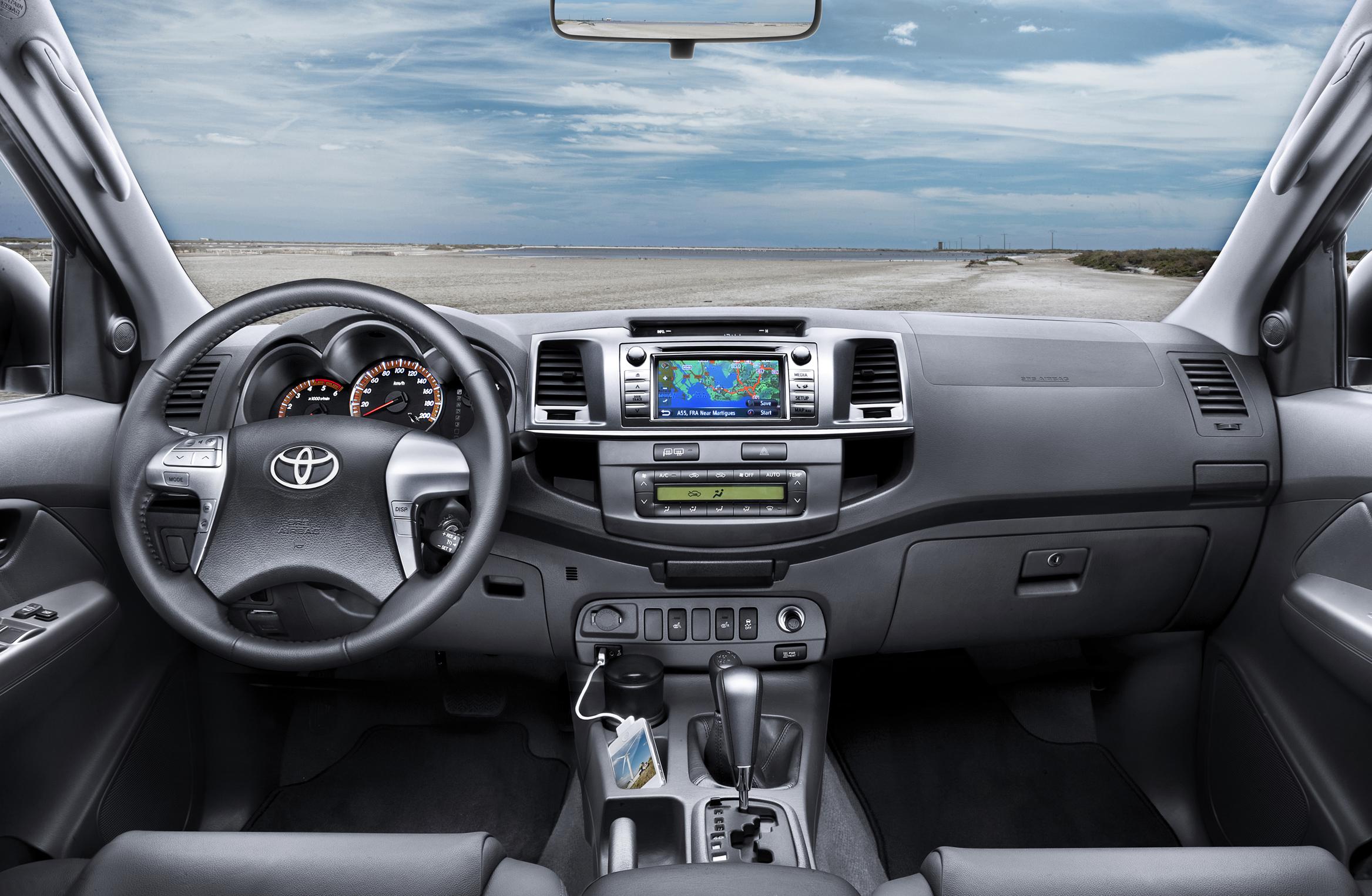 инструкция как заводить Toyota Hilux #7