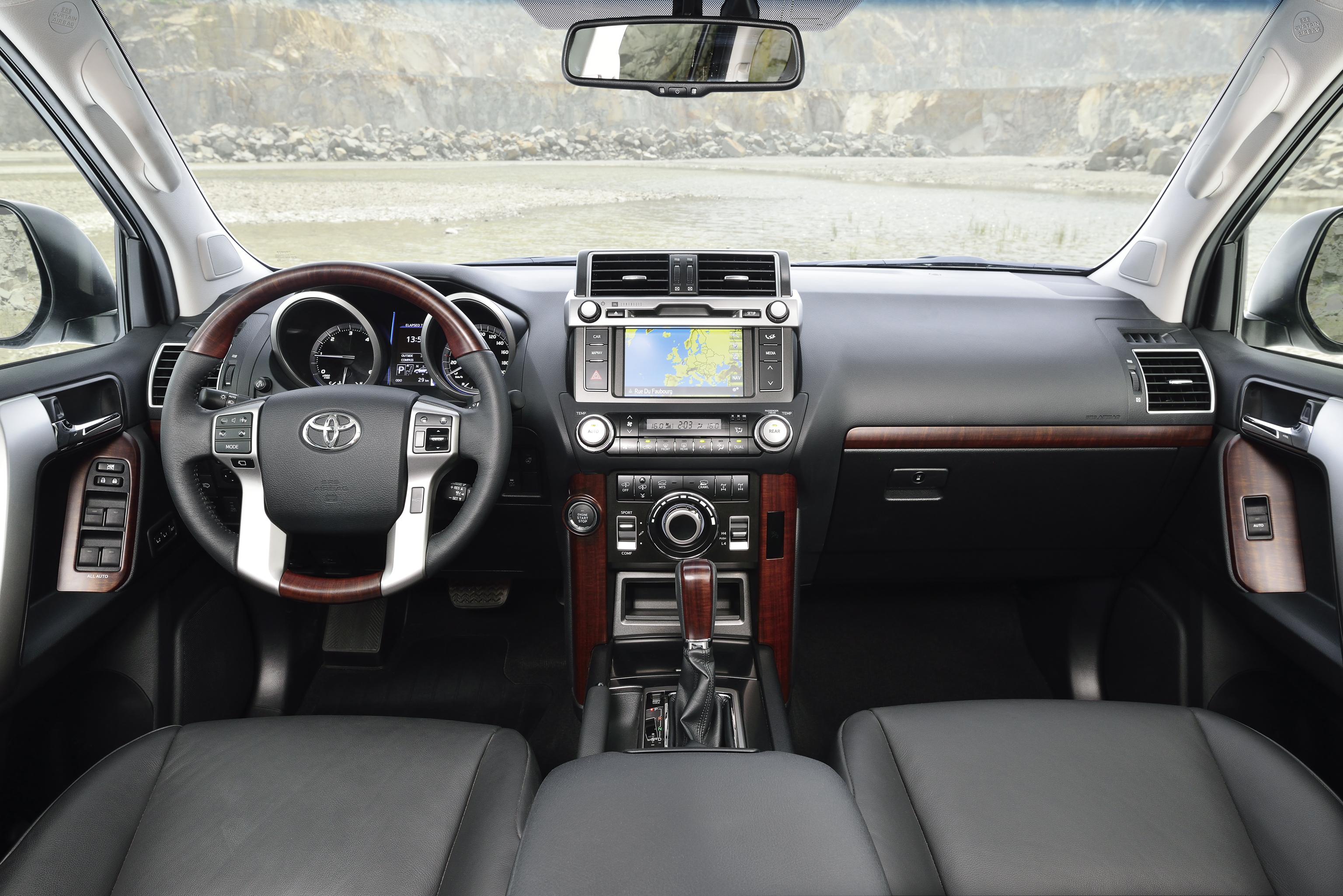 Фото салона Toyota Land Cruiser Prado - avto-flot.ru