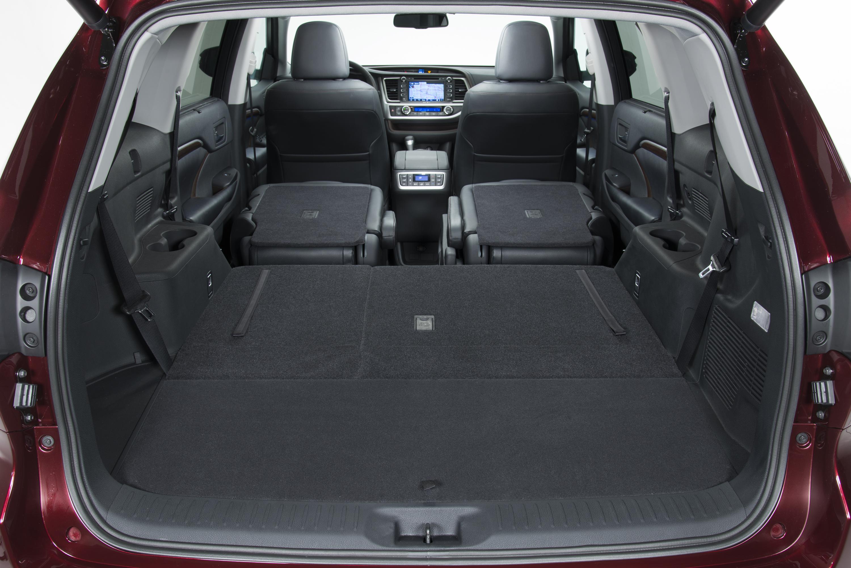 New Toyota Highlander салон, багажник, тратий ряд. interior review