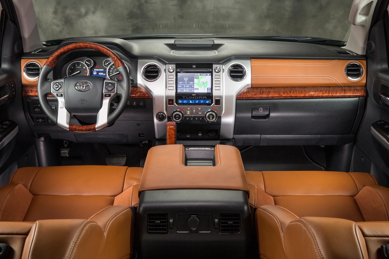 Toyota Tundra (2017-2018) цена и характеристики ...