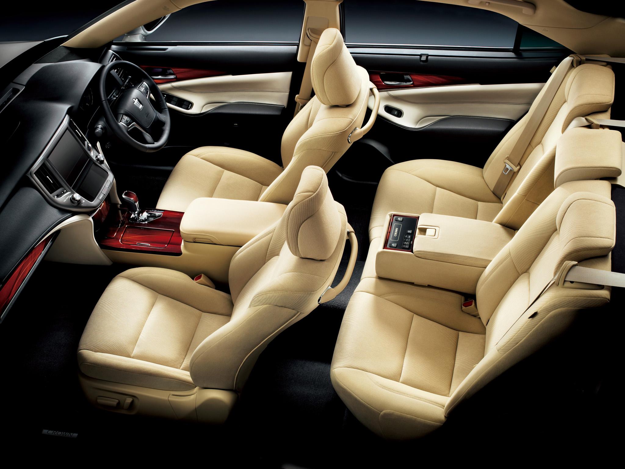 Toyota Crown Gebrauchtwagen – mobile.de