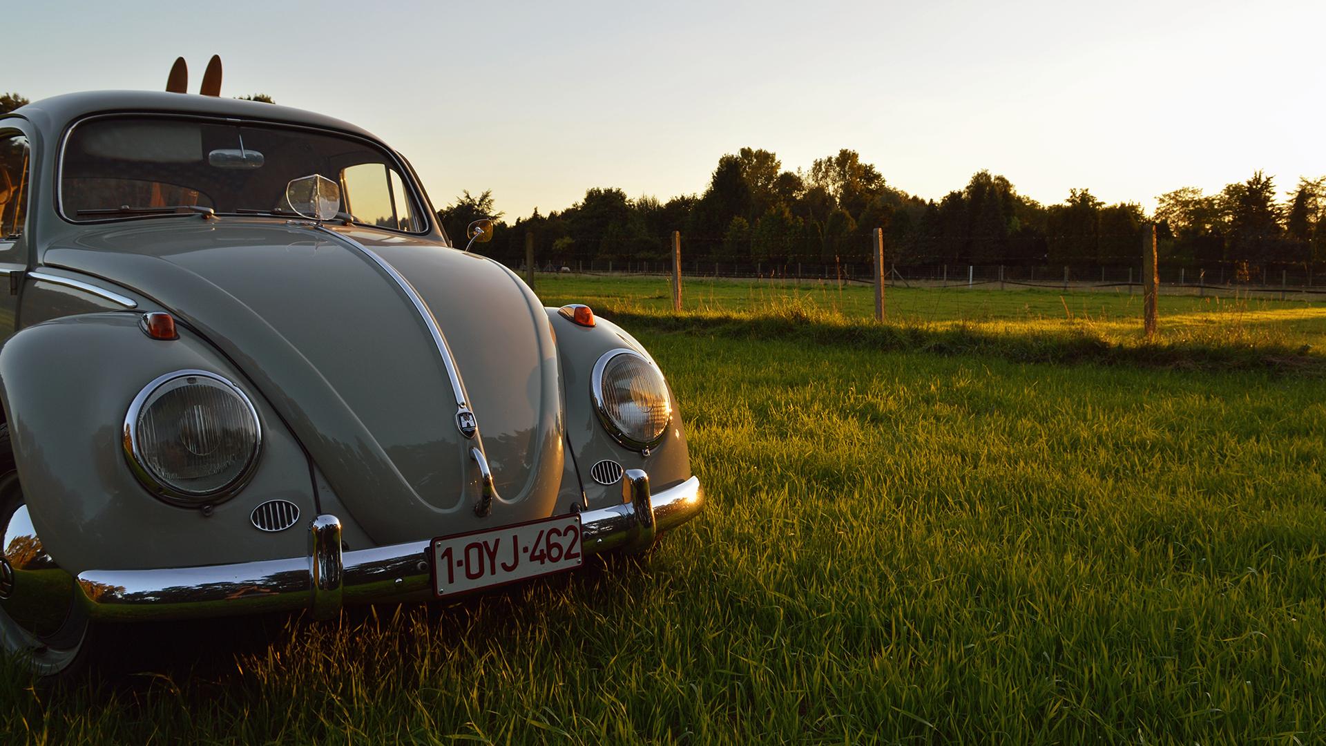 днище фото старинных машин для фона телефона ехала, мощность была