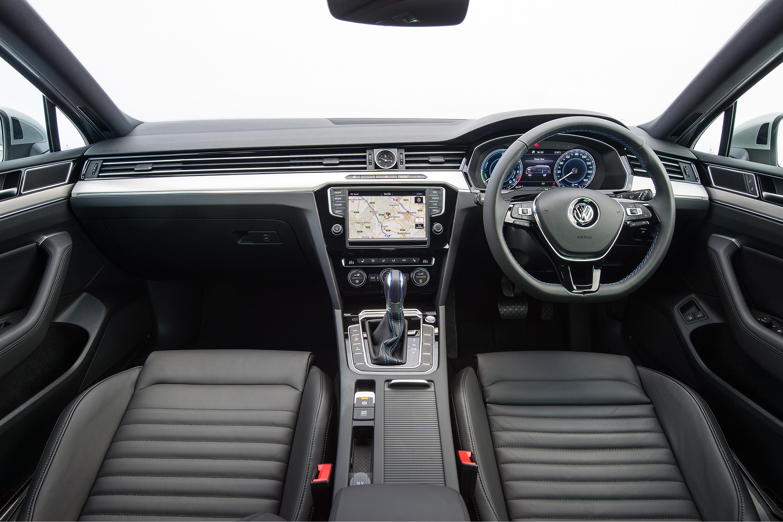Wallpaper : Volkswagen, Sports Car, Convertible, Performance Car, Sedan,  Netcarshow, Netcar, Car Images, Car Photo, 2017, Passat SW GTE UK Version,  ...