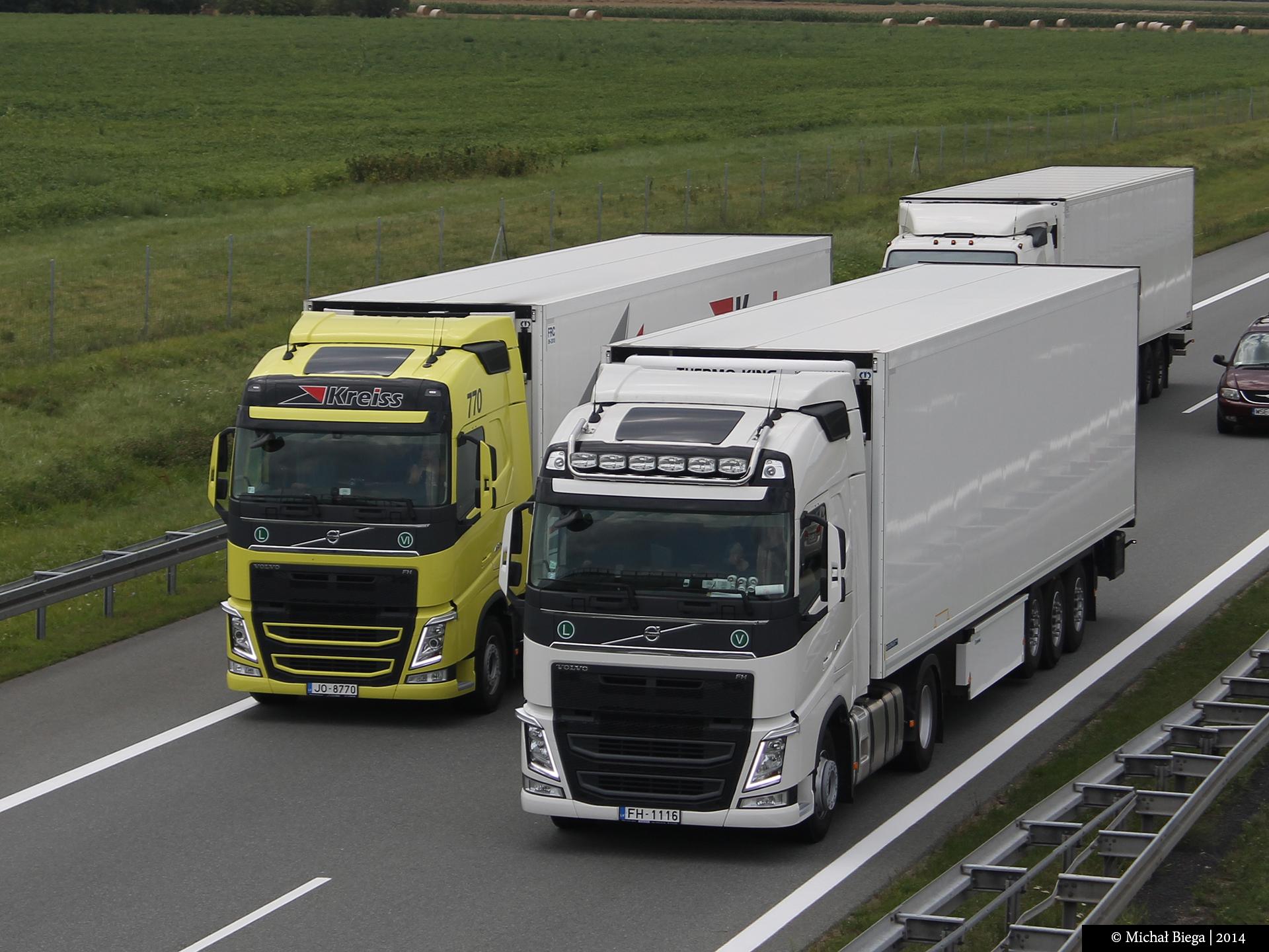 Wallpaper Road Highway Volvo Asphalt Truck IV A2 Automotive Design Exterior Compact Car Motor Vehicle Mode Of Transport