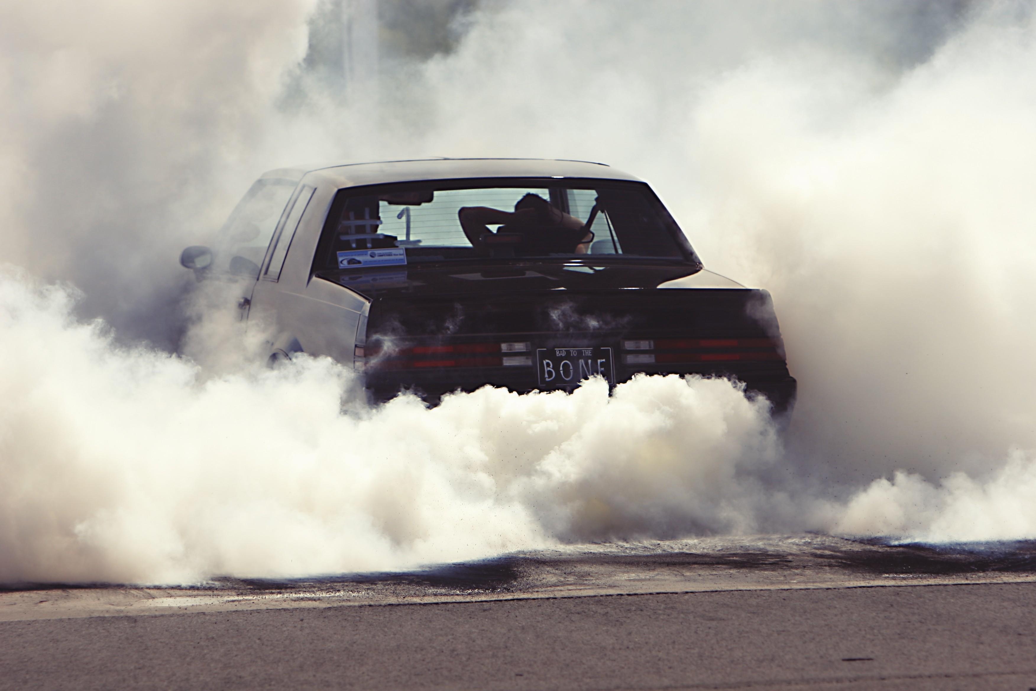 Wallpaper Car Vehicle Smoke Burnout Driving Screenshot