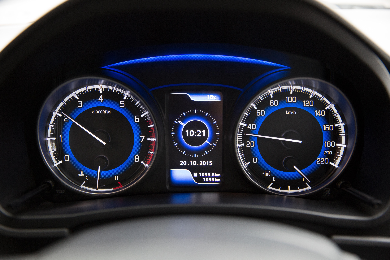 640 Koleksi Gambar Mobil Sedan Suzuki Terbaru