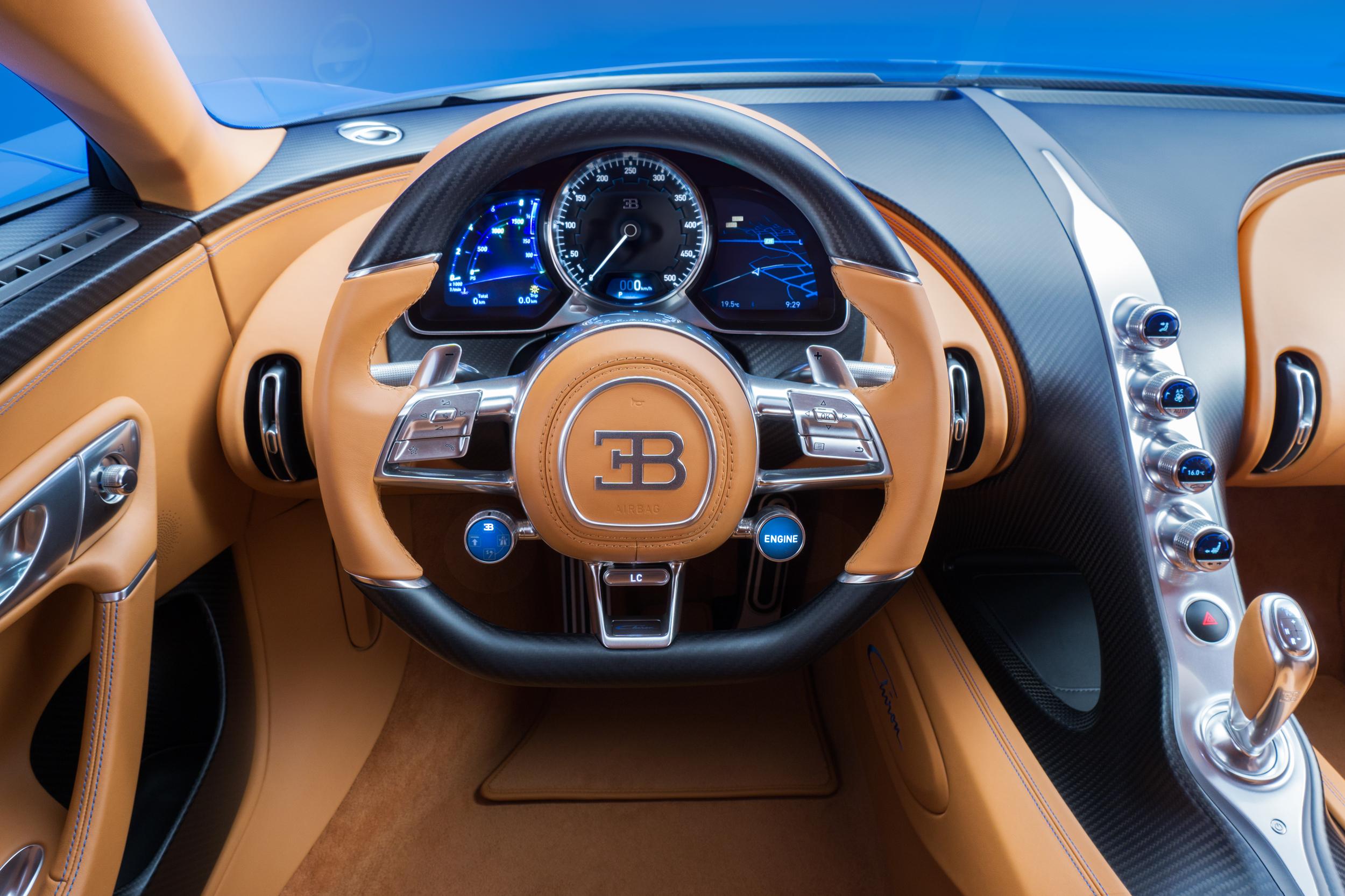 fond d 39 cran v hicule voiture de sport bugatti veyron volant netcarshow netcar images de. Black Bedroom Furniture Sets. Home Design Ideas