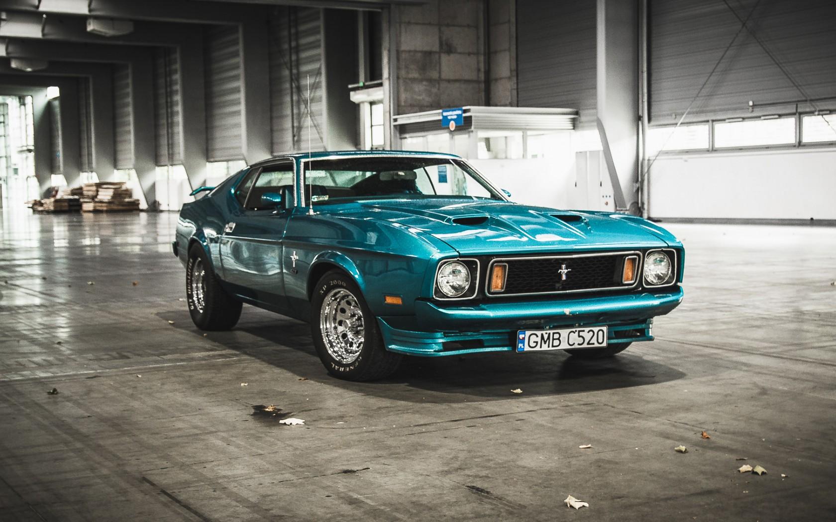 Wallpaper Mobil Sport Mustang