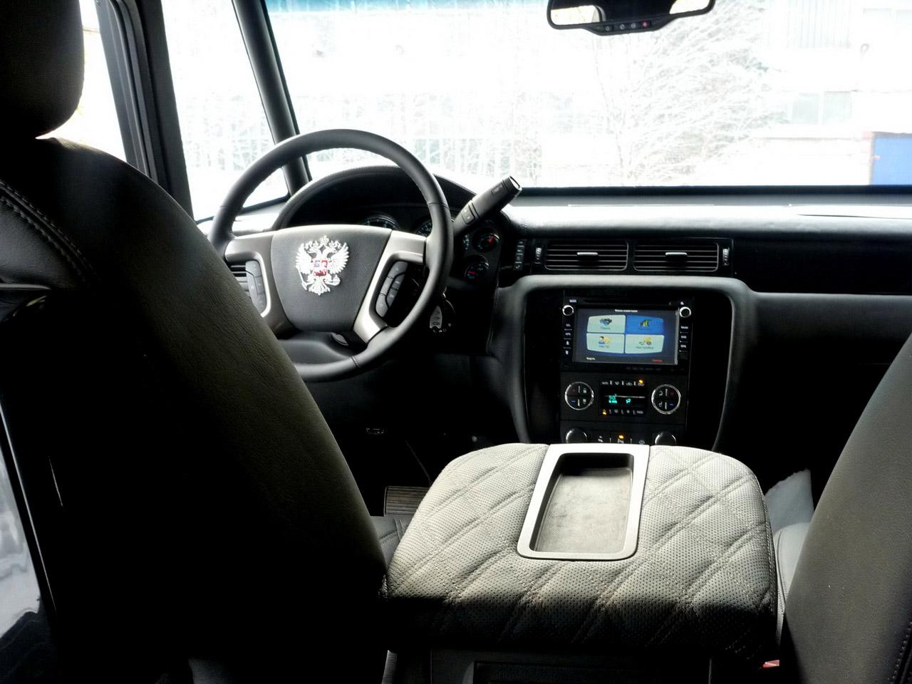 Фото машины комбат салон