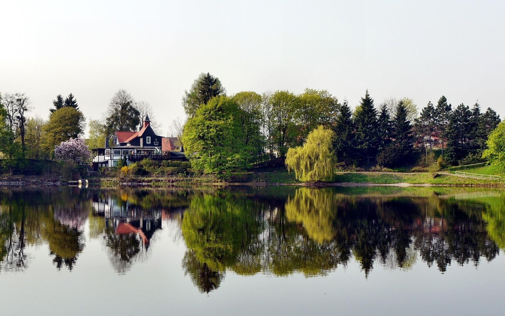 Зимняя фотосессия на озере праздника для
