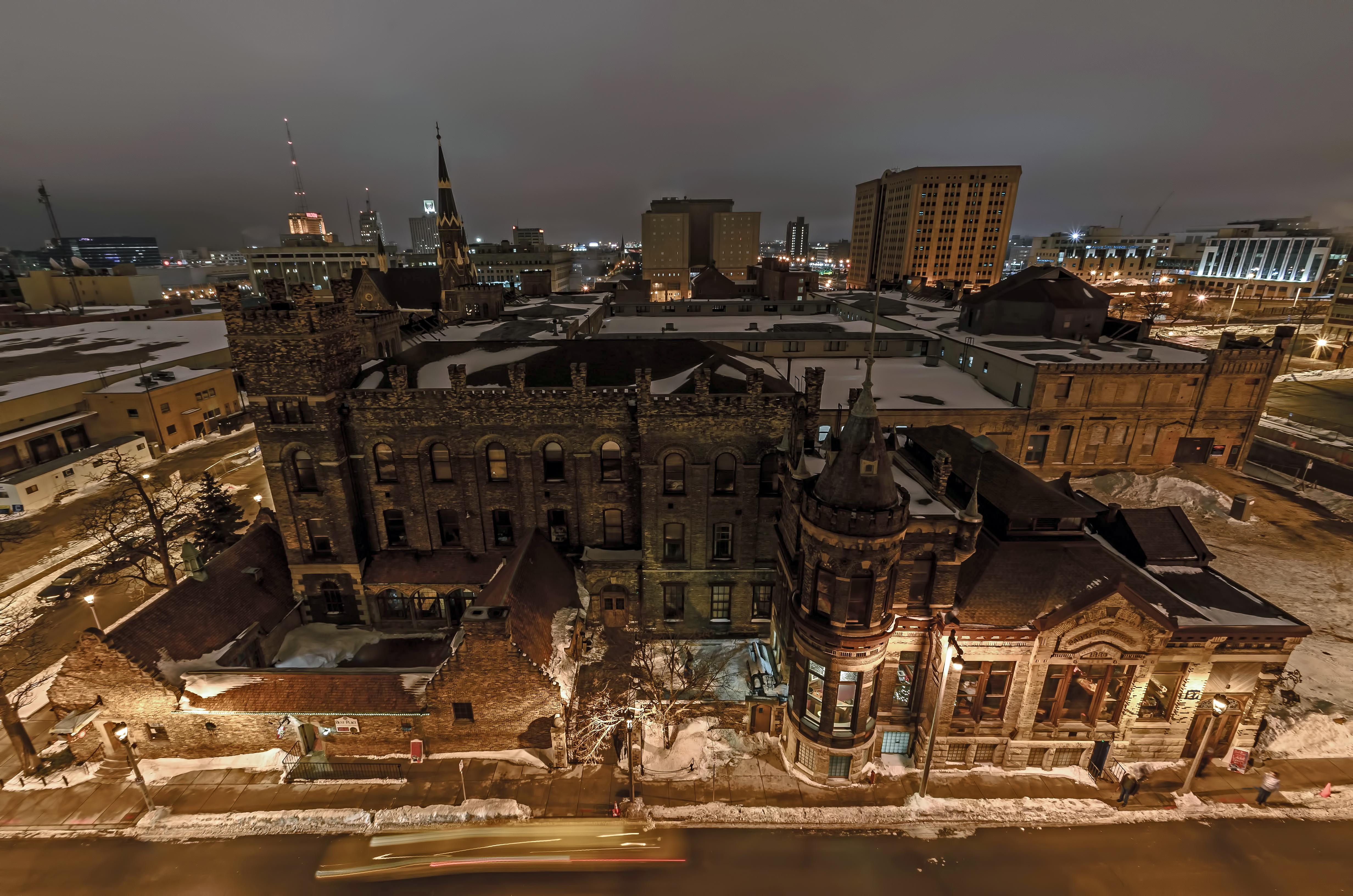 Hình nền : Thành phố, tiếp xúc lâu, bia, Wisconsin, Kiến trúc, phong cảnh, nhiếp ảnh, Nikon, Trung tâm thành phố, Cảnh thành phố, Cảnh đêm, Milwaukee, ...
