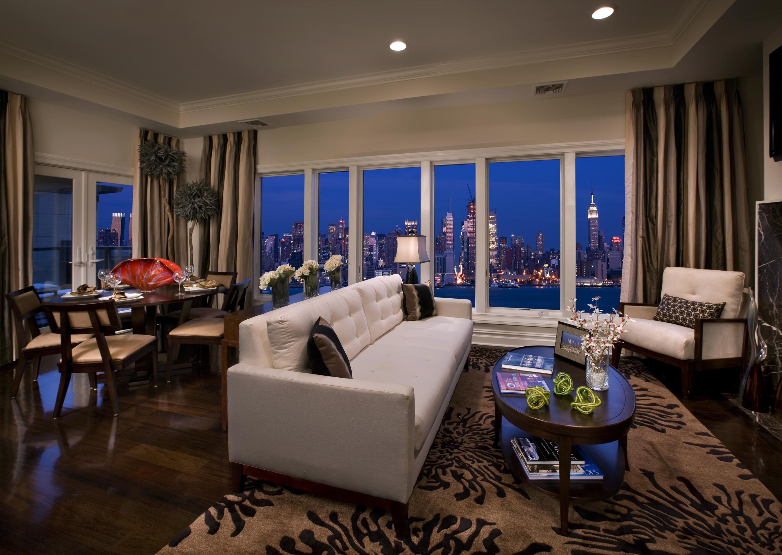 Wallpaper city sofa buildings interiors apartment for Appartamento grattacielo new york