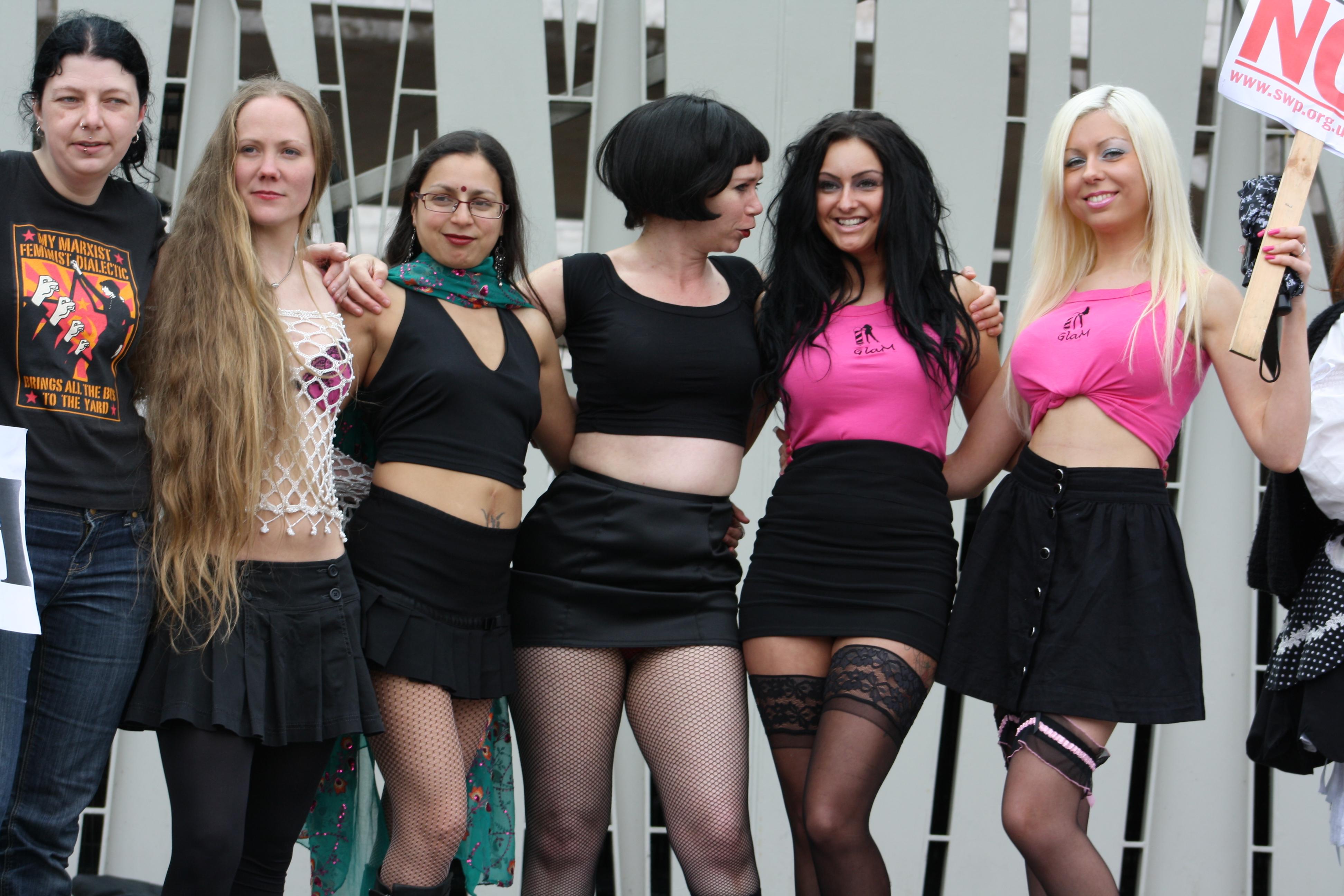 Scottish women in stockings pics 981