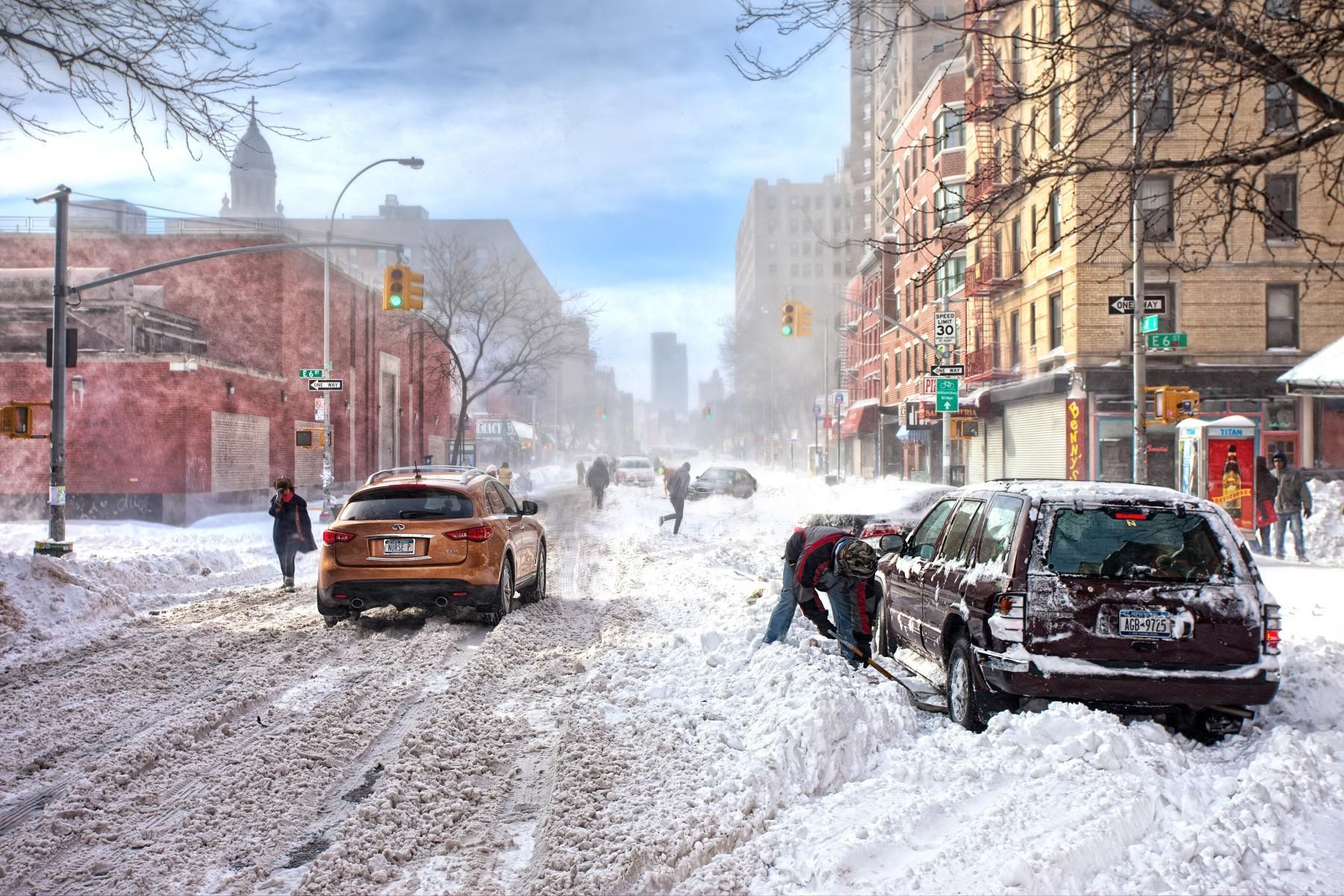 city-street-snow-winter-road-traffic-lig