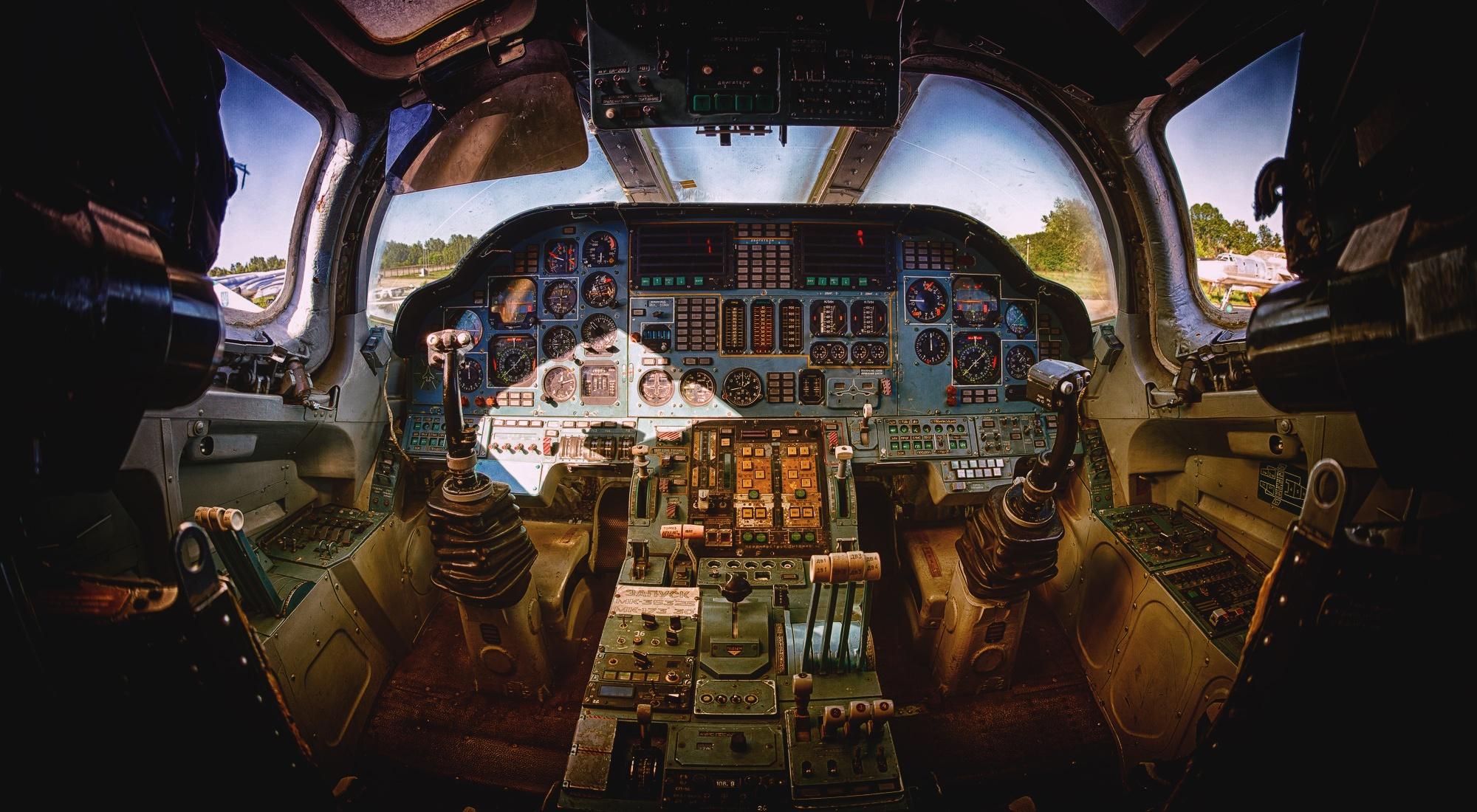 Wallpaper Cockpit Aircraft Vehicle 2000x1100 Wallpapermaniac 1475083 Hd Wallpapers Wallhere
