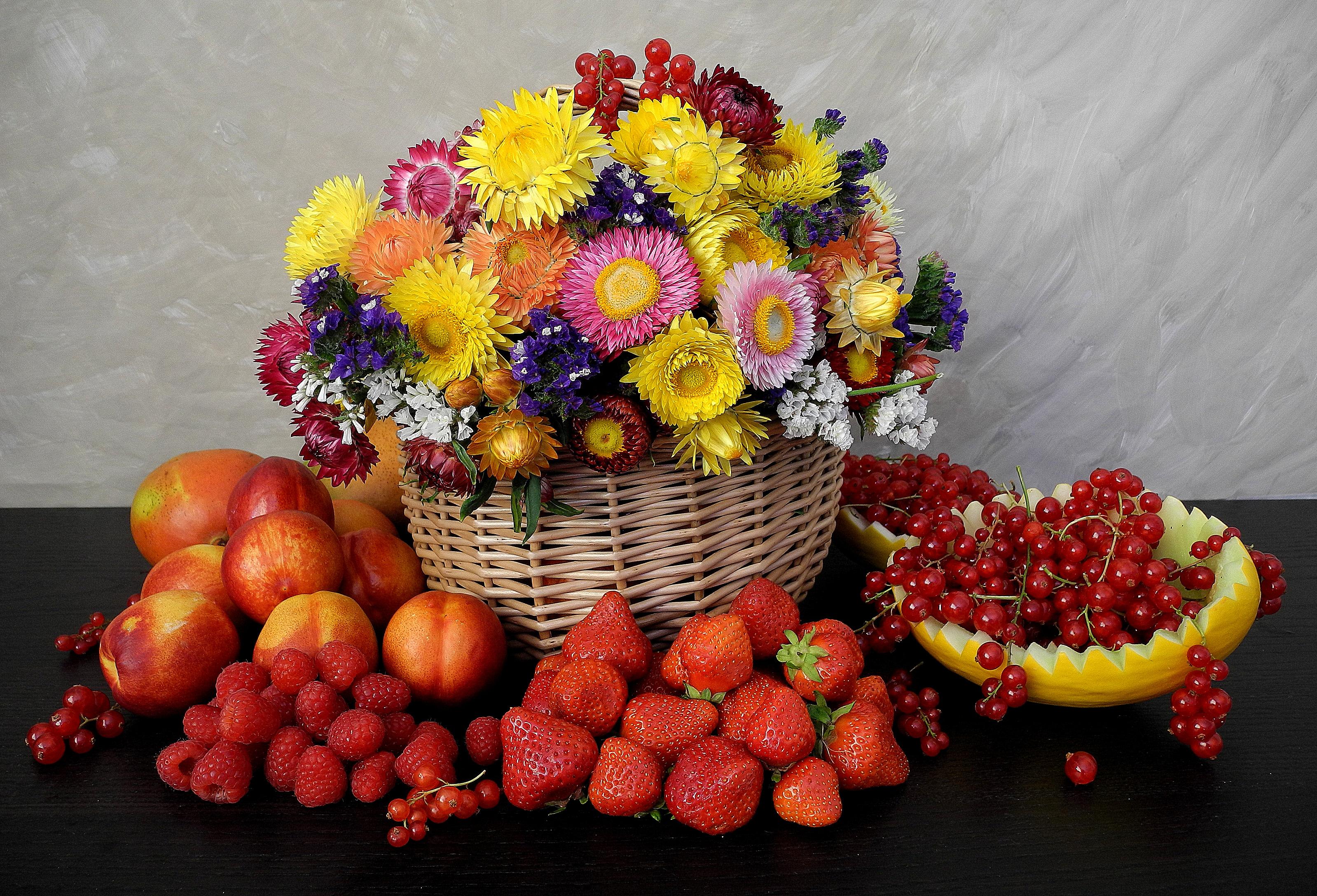 обои на рабочий стол натюрморт с цветами и фруктами № 226435 загрузить