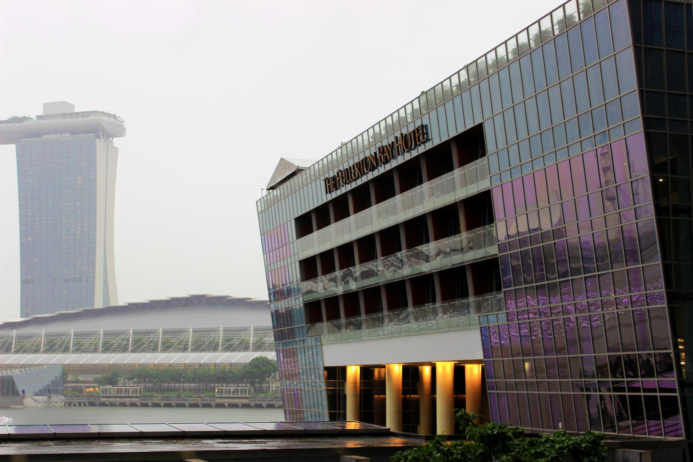 デスクトップ壁紙 コントラスト シティ 湾 夜 建築 シンガポール アジア 水 砂 建物 愛 反射 空 影 雨 写真 ホテル カメラ ガラス カジノ キヤノン 建設 ファッション 時間 ニコン 生活 大都市 ウォーターフロント マリーナ アート