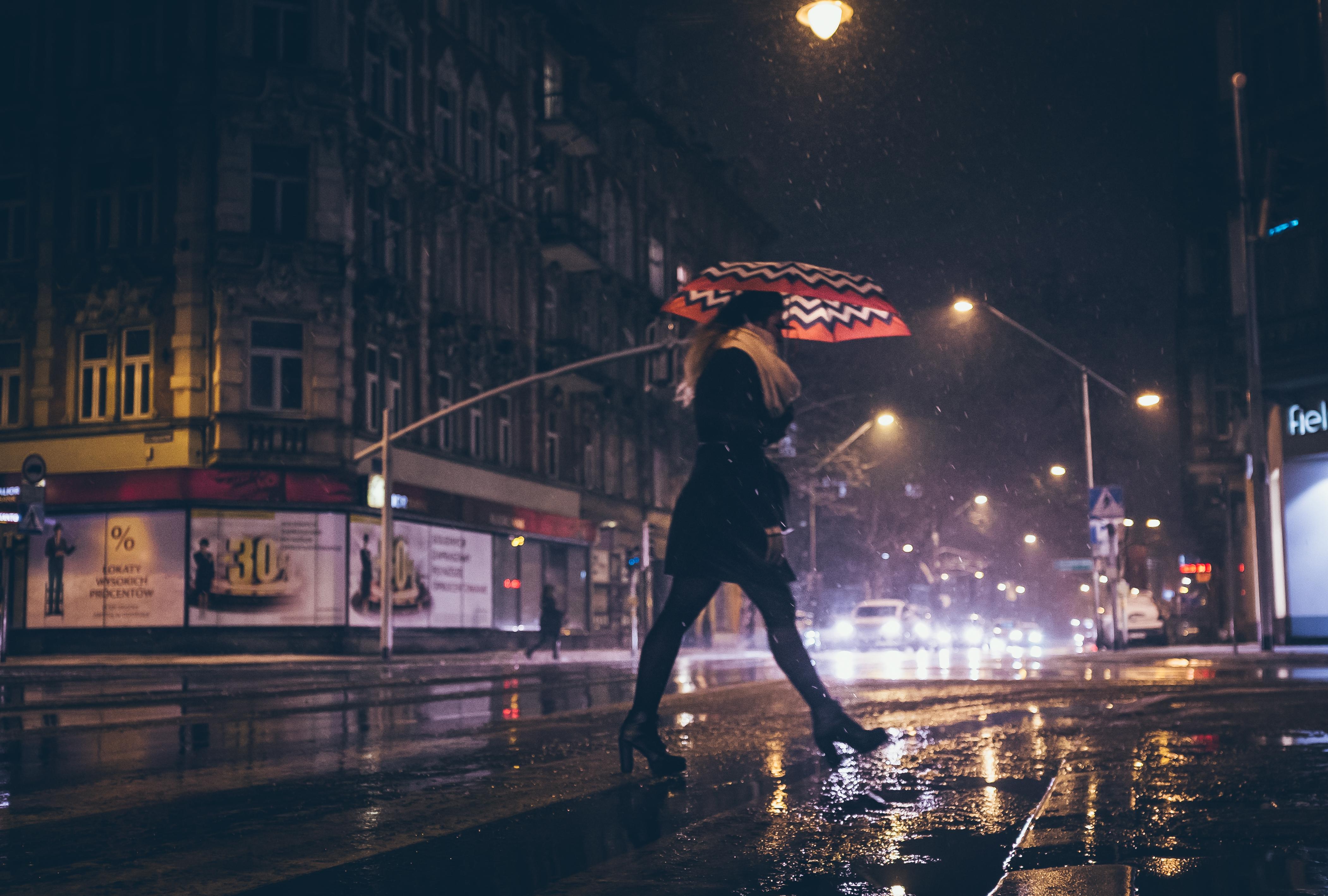 Sfondi : buio città strada notte urbano pioggia fotografia