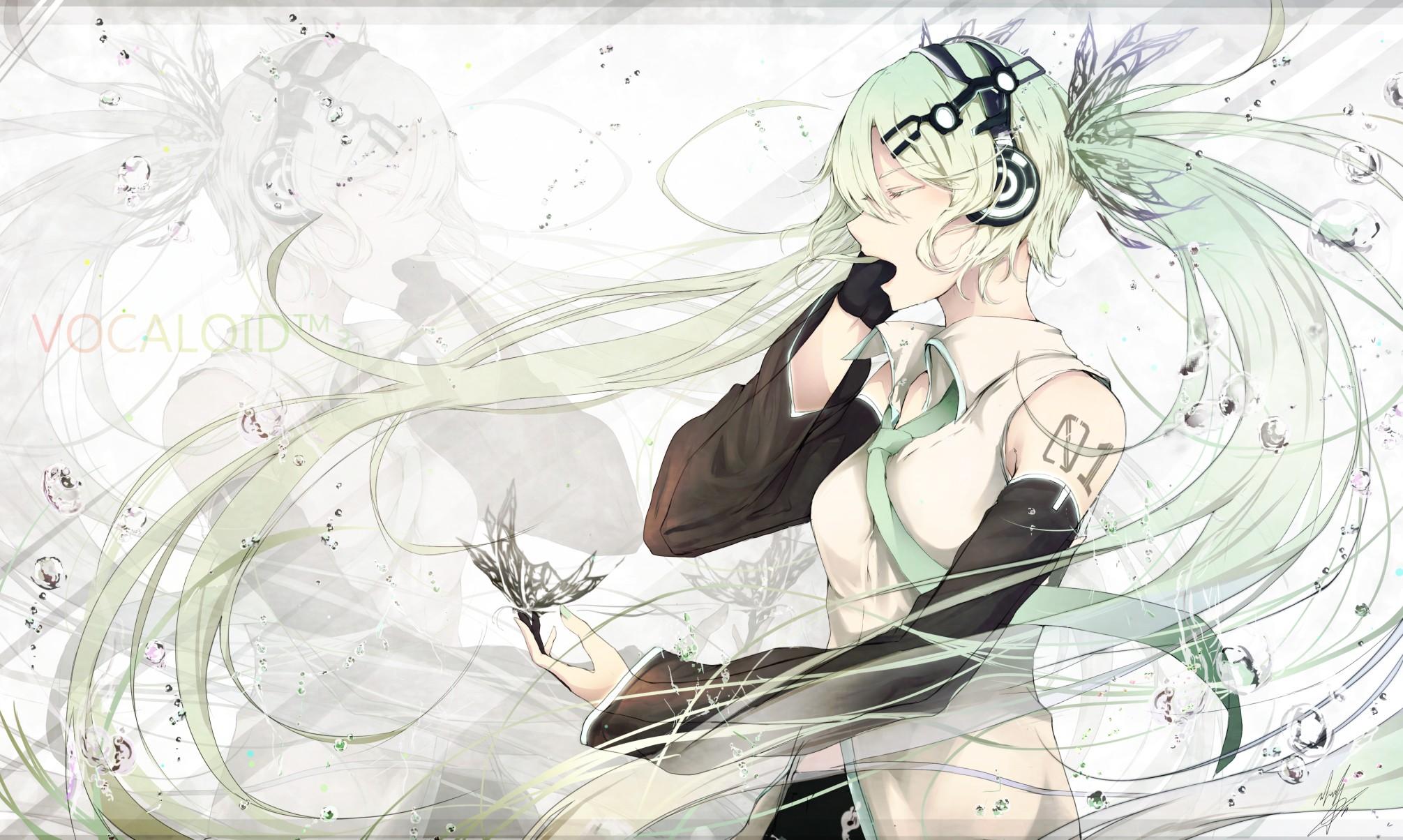 anime girl im wasser nackt