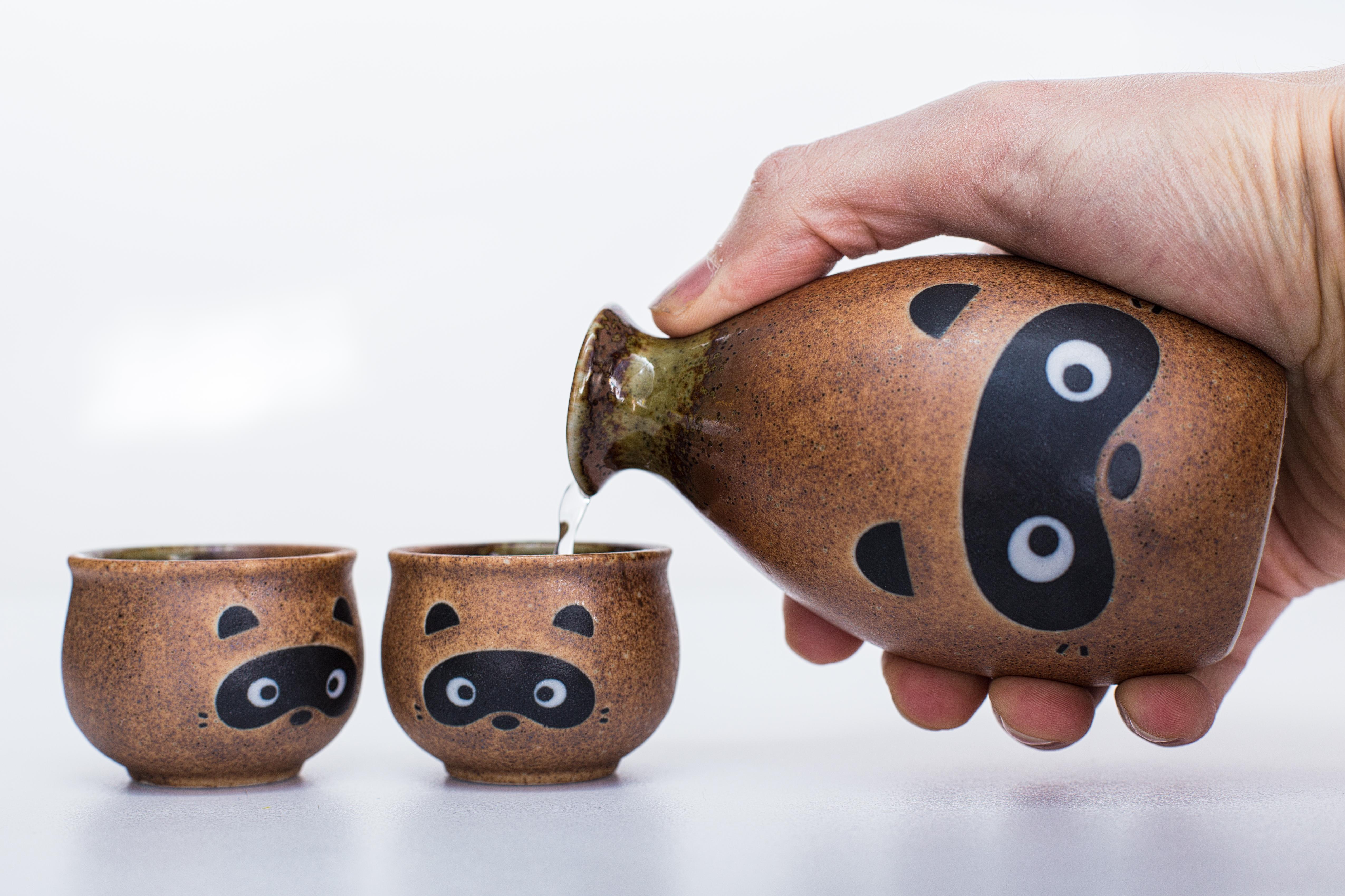 тапети питие халби чаша миещи мечки саке керамика