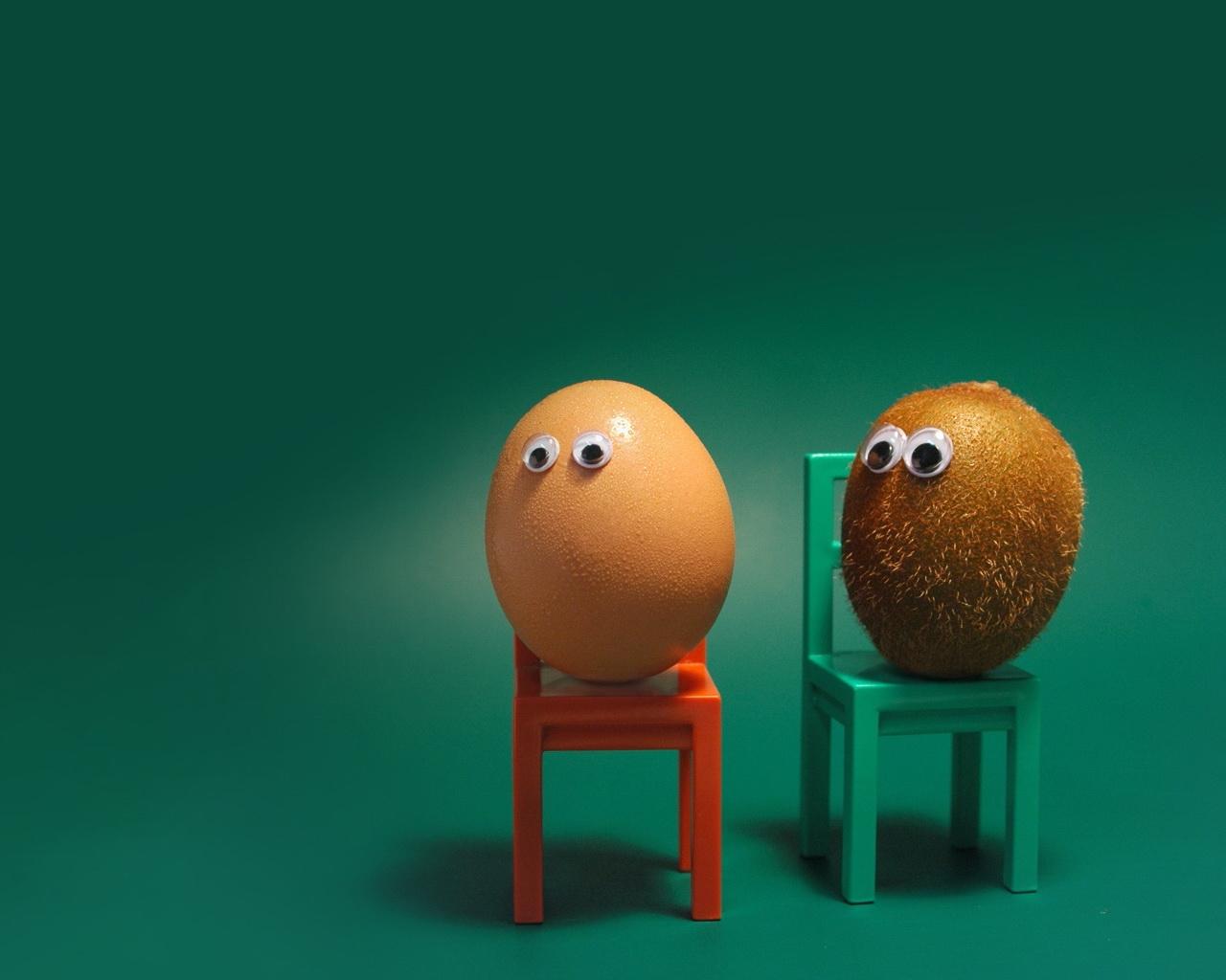 Masaüstü Yumurta Kivi Meyvesi Gözler Sandalyeler Komik Durum