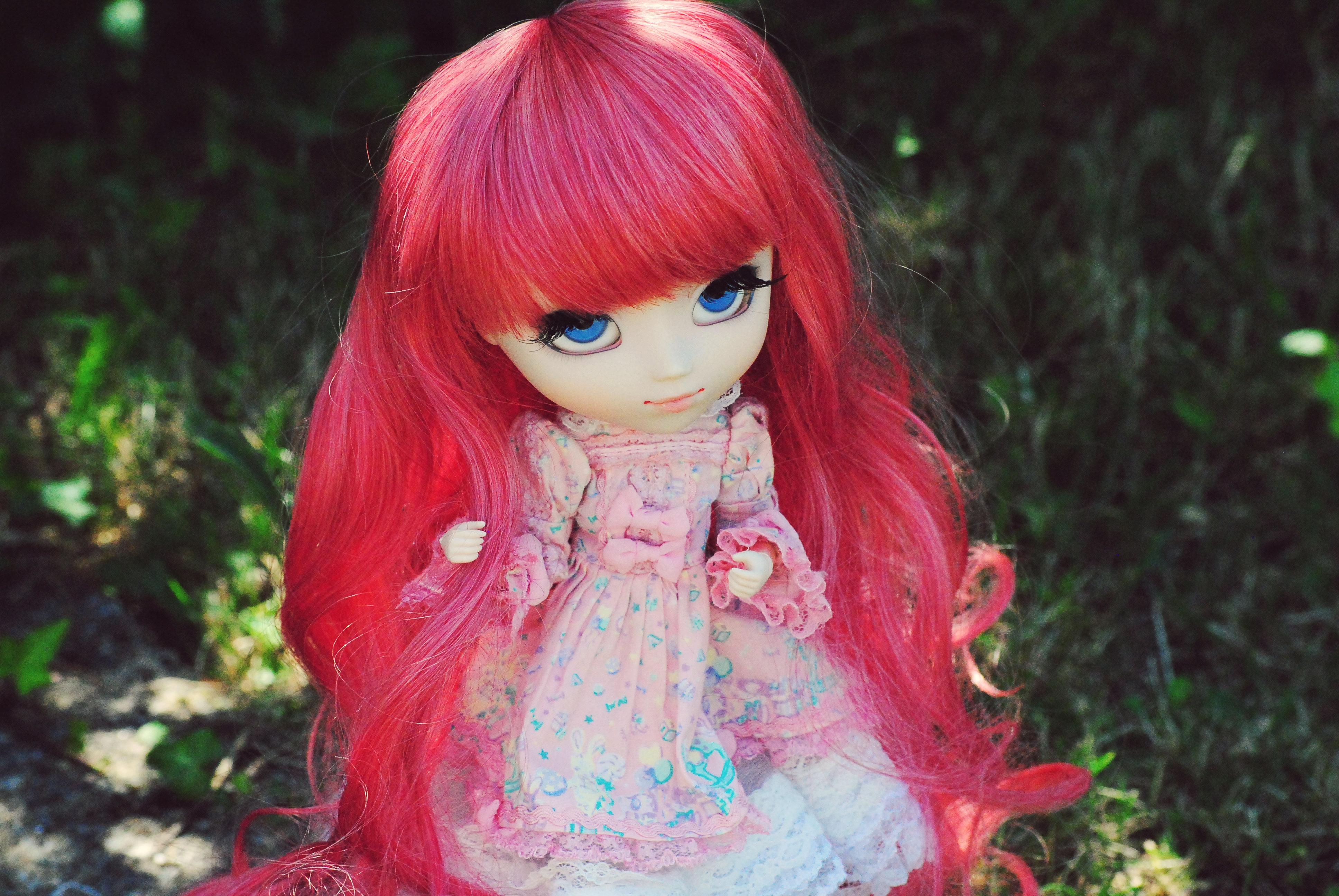 розовые картинки с куклами неприятности может