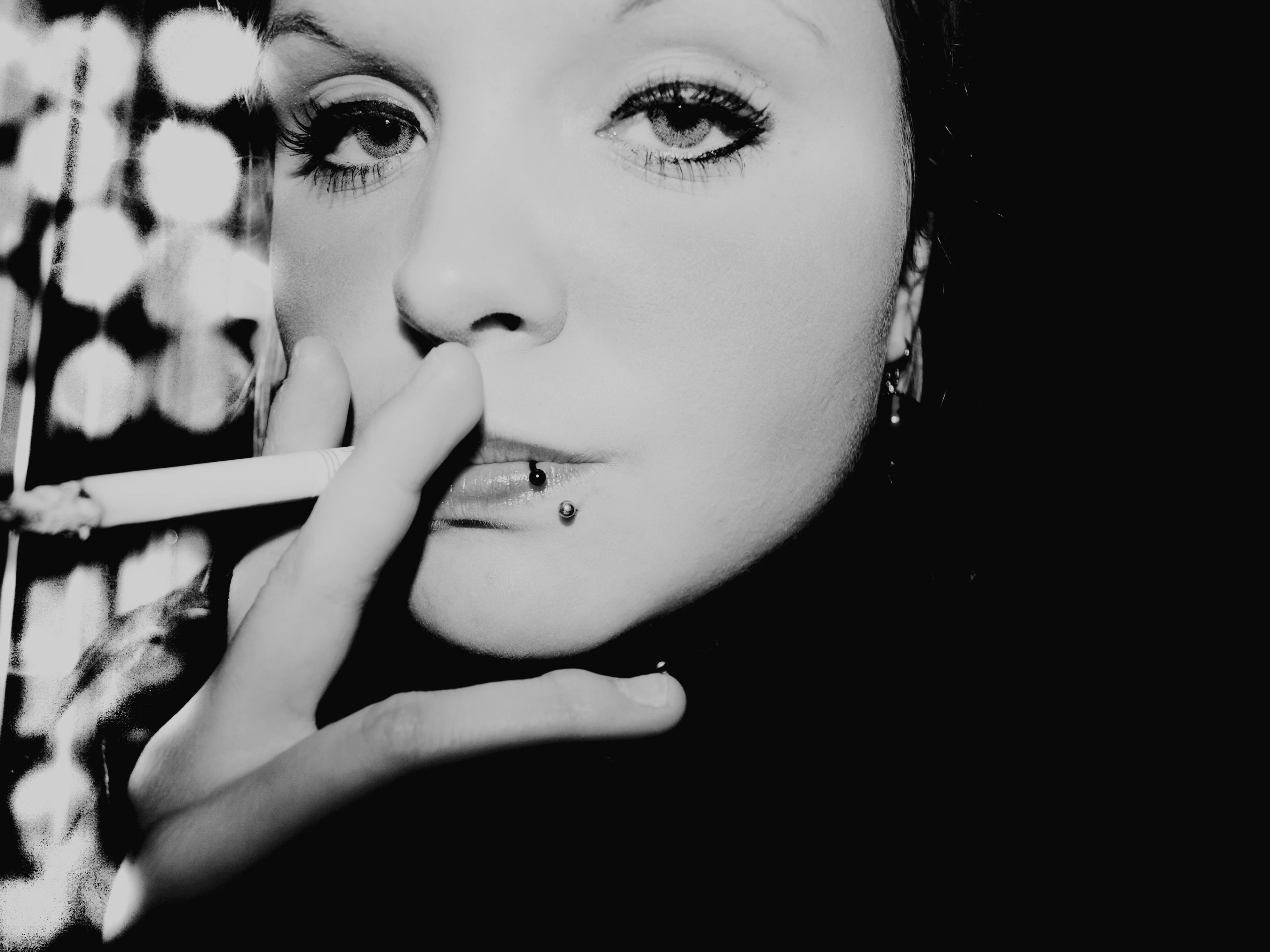 Emo dívky kouření