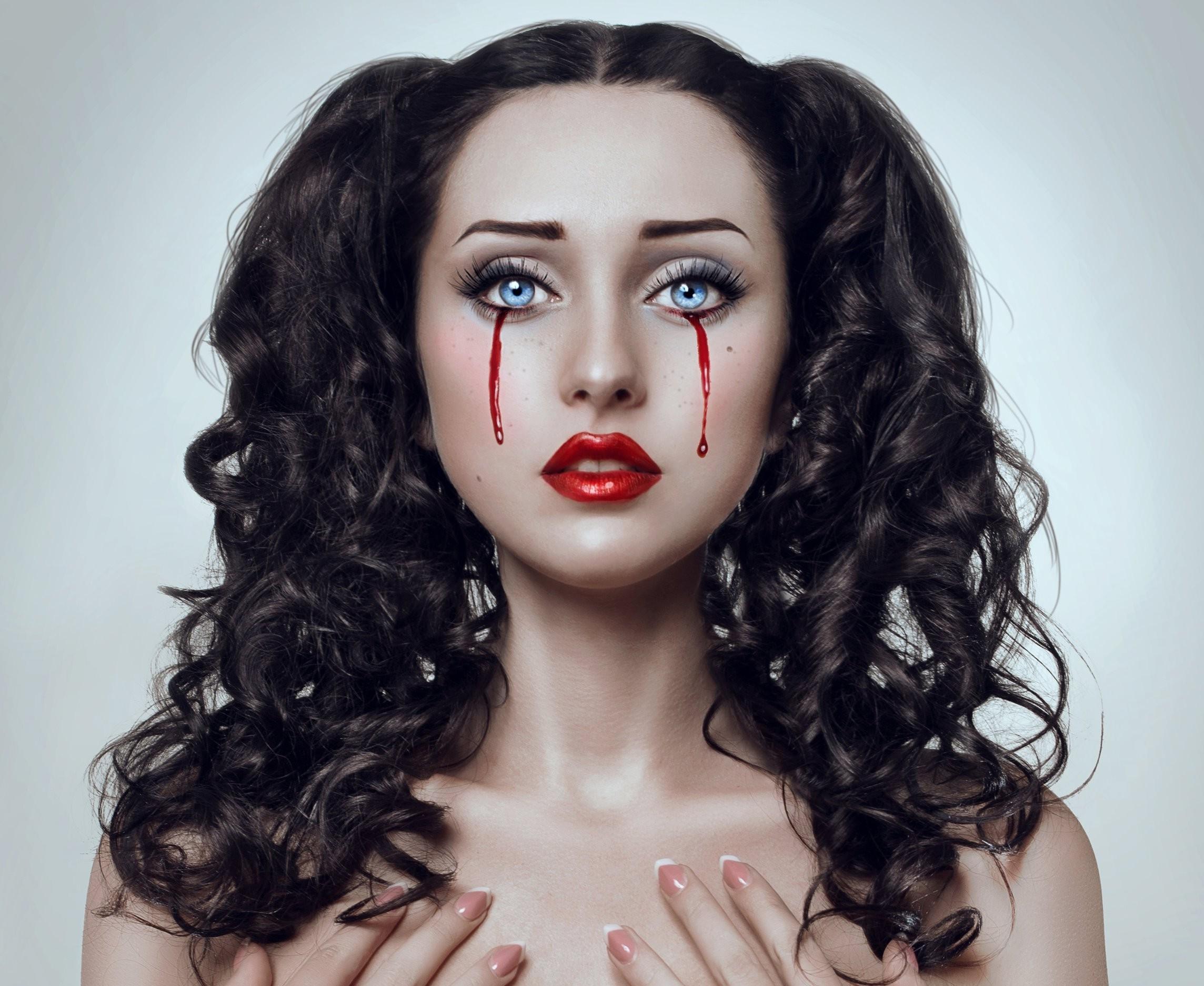 Hình nền : đối mặt, đàn bà, mô hình, tóc dài, Đỏ, nhiếp ảnh, tóc đen, Máu, thời trang, Mũi, Quần áo, cái đầu, Nước mắt chảy máu, Lubov Pabat, sắc đẹp, ...