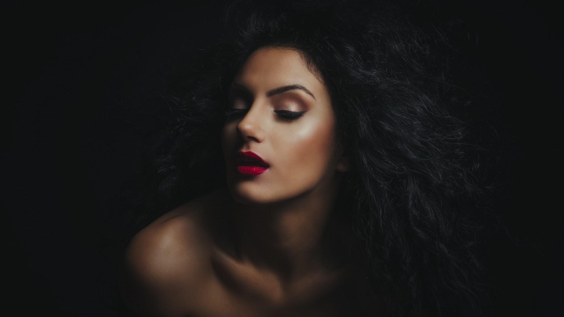 wallpaper face women black background dark brunette