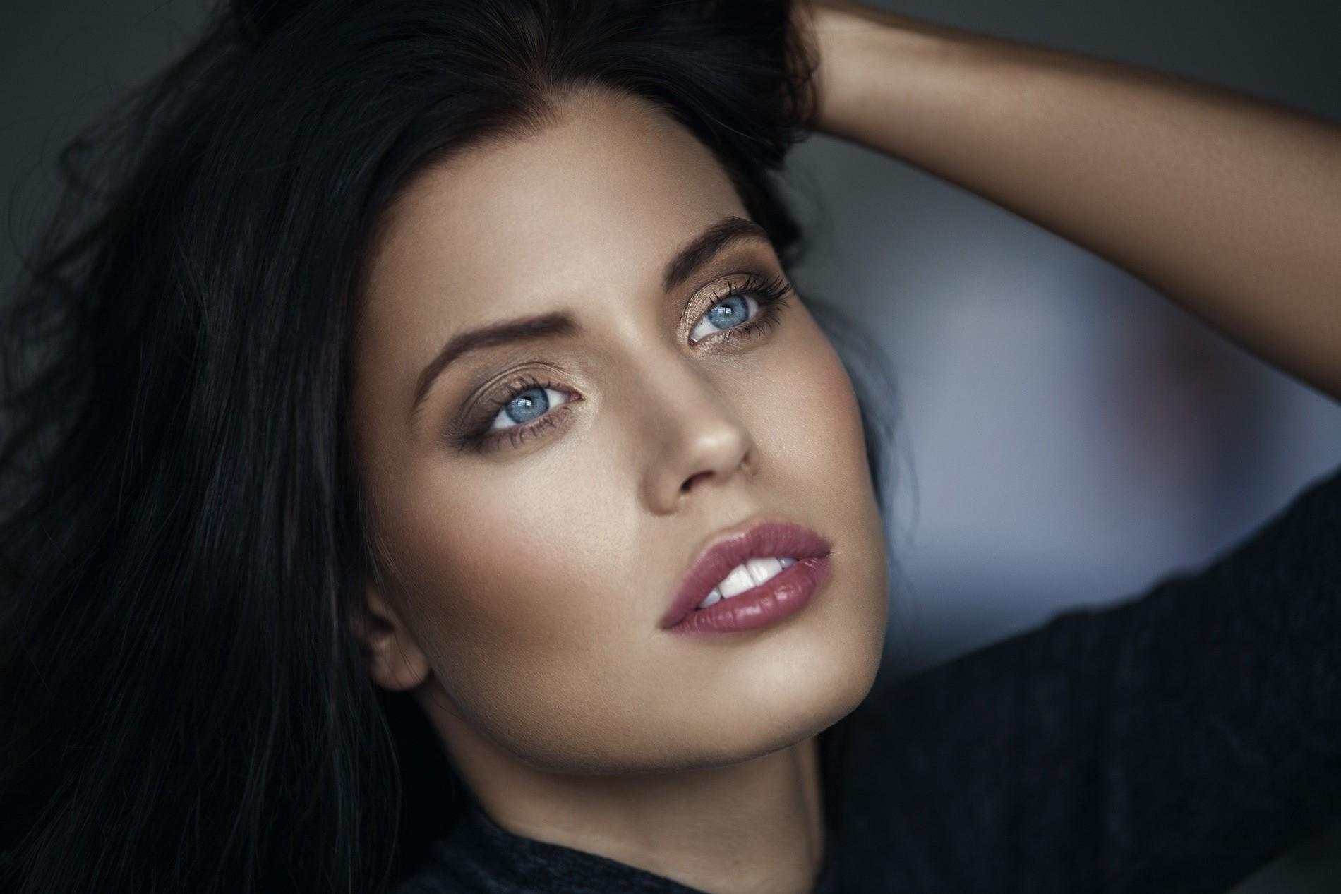 Wallpaper Face Women Model Brunette Singer Blue