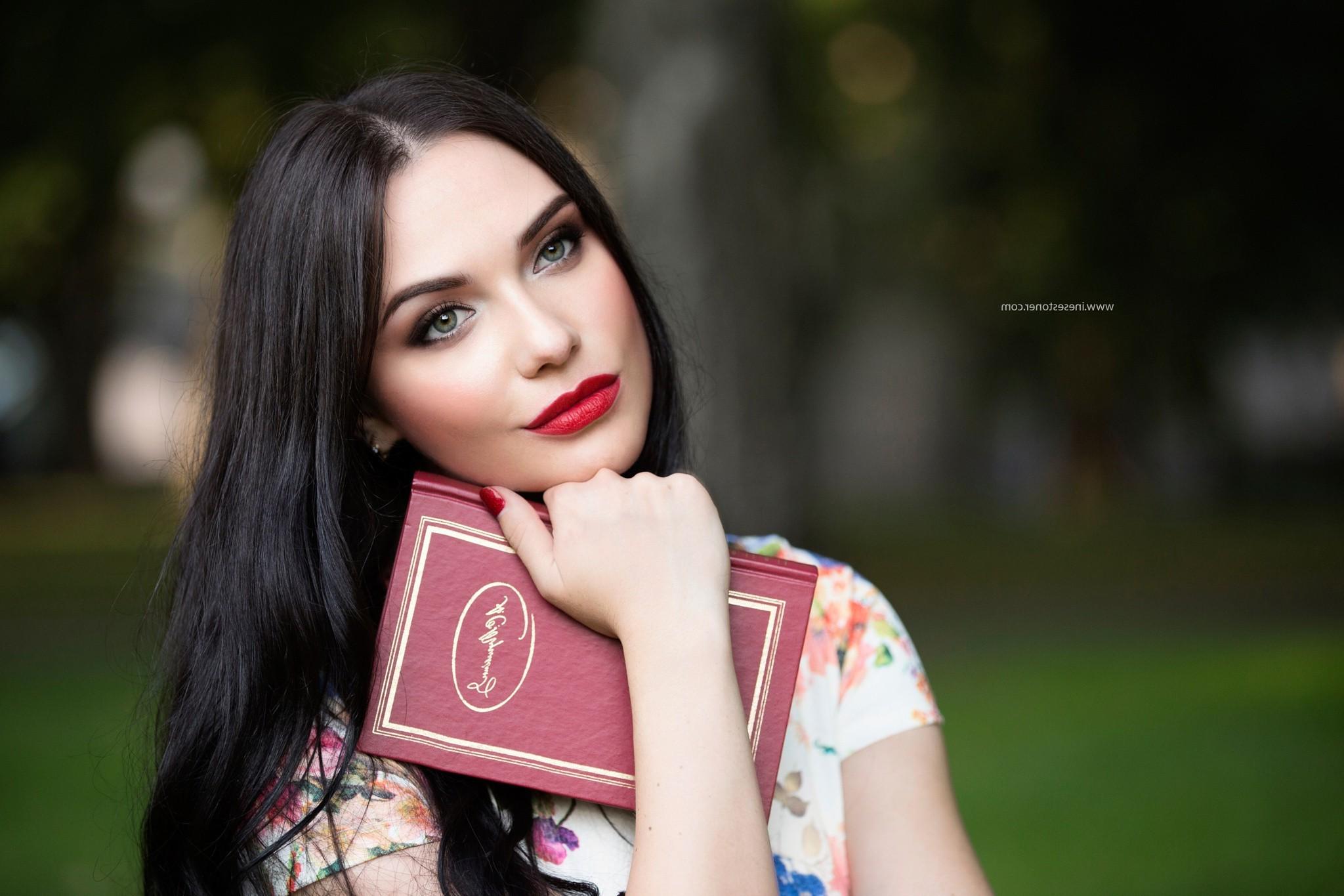 Wallpaper : face, colorful, women, model, depth of field, looking ...