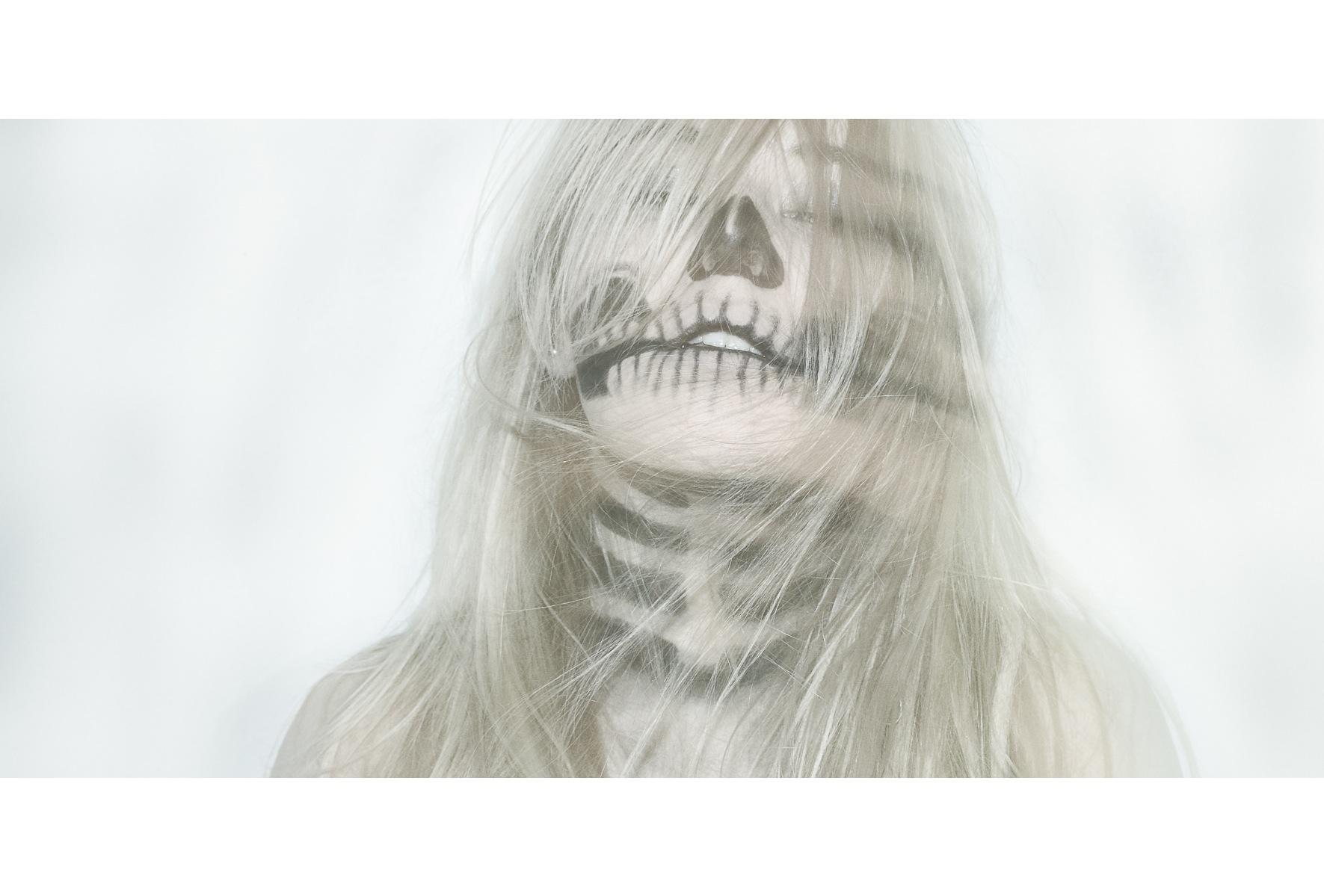 Fond D Ecran Visage Dessin Blond Cheveux Longs Halloween Nez