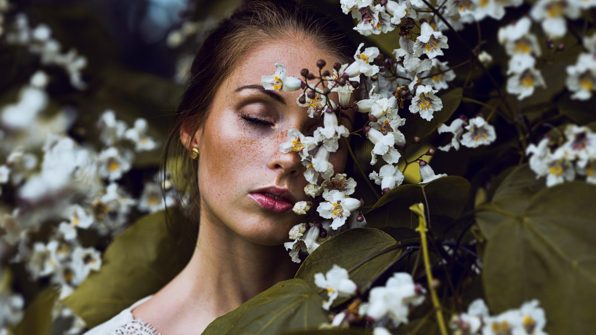 Wallpaper : face, women outdoors, model, depth of field