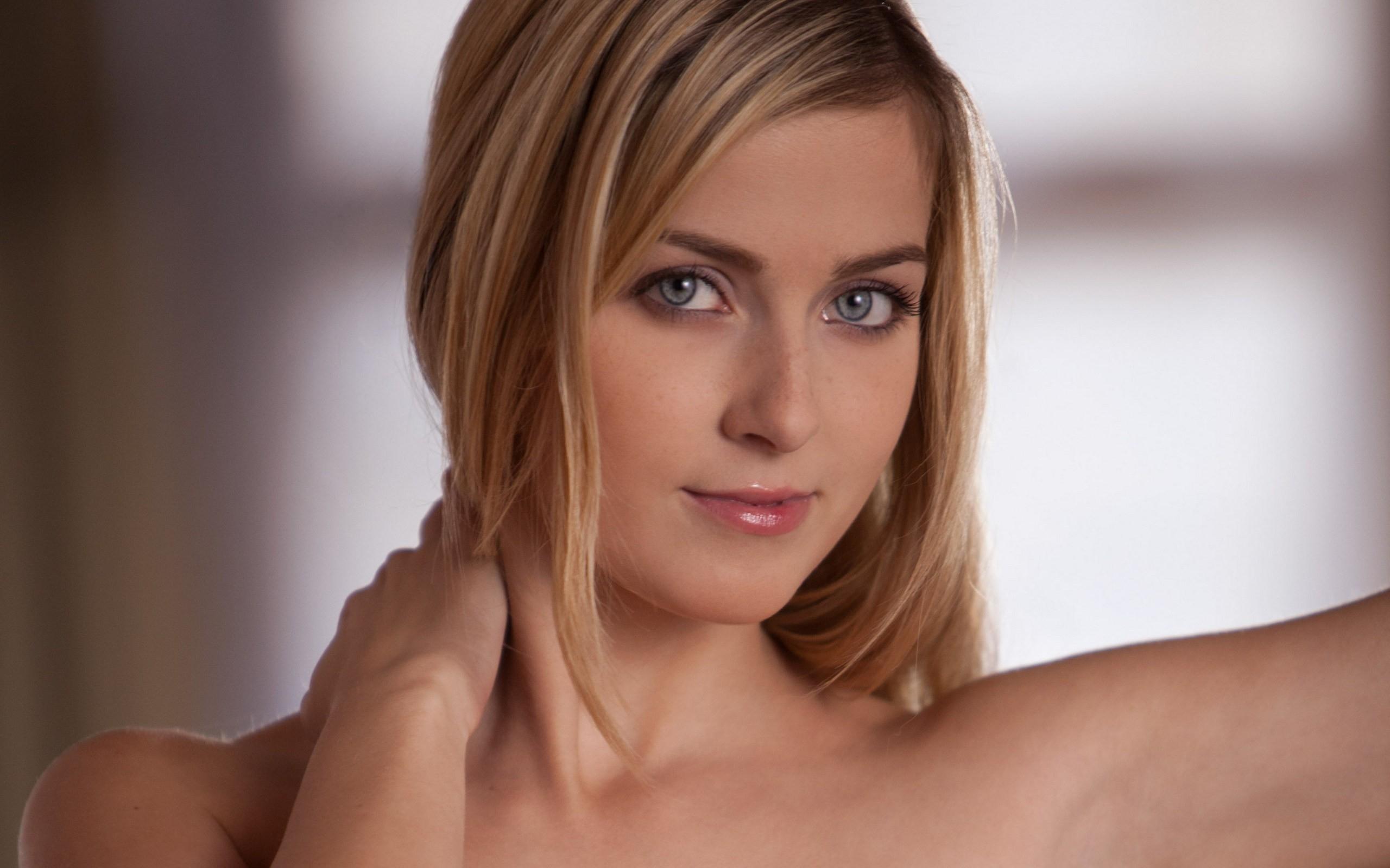 Wallpaper  Face, Blonde, Eyes, Long Hair, Black Hair -1023