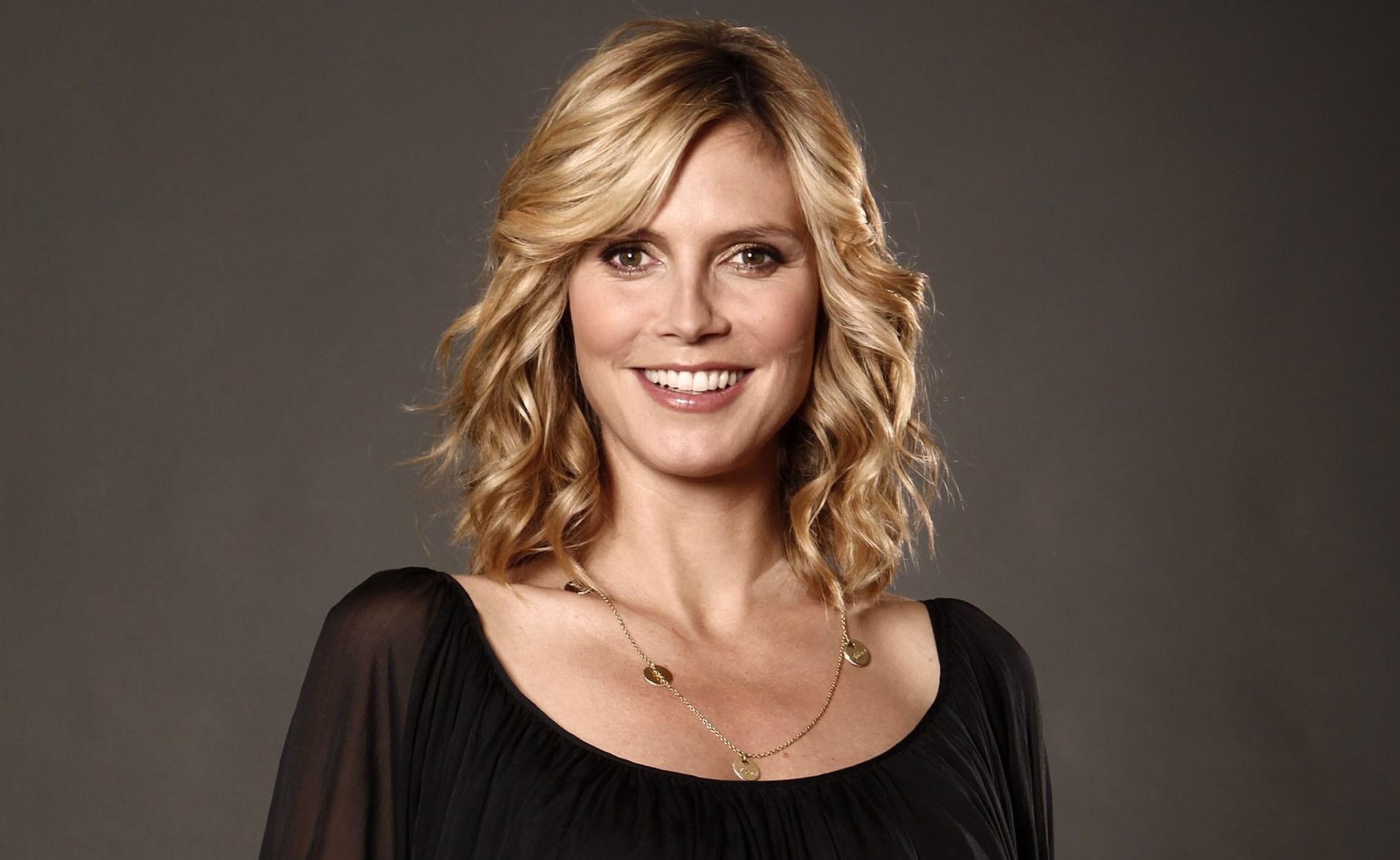 Hintergrundbilder Gesicht Modell Porträt Blond Lange Haare