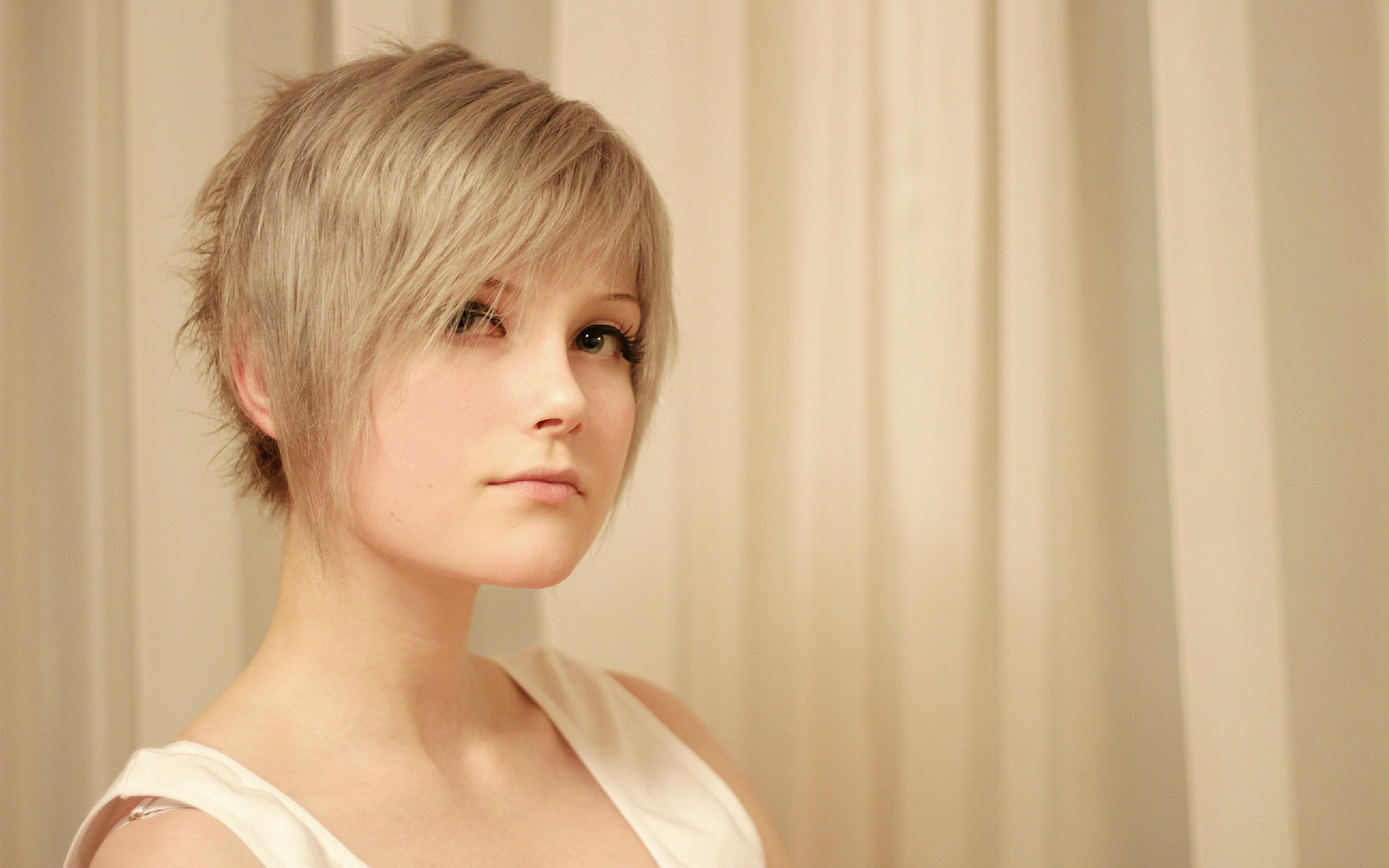 Фото на аву девушки с короткими волосами Красивые фото