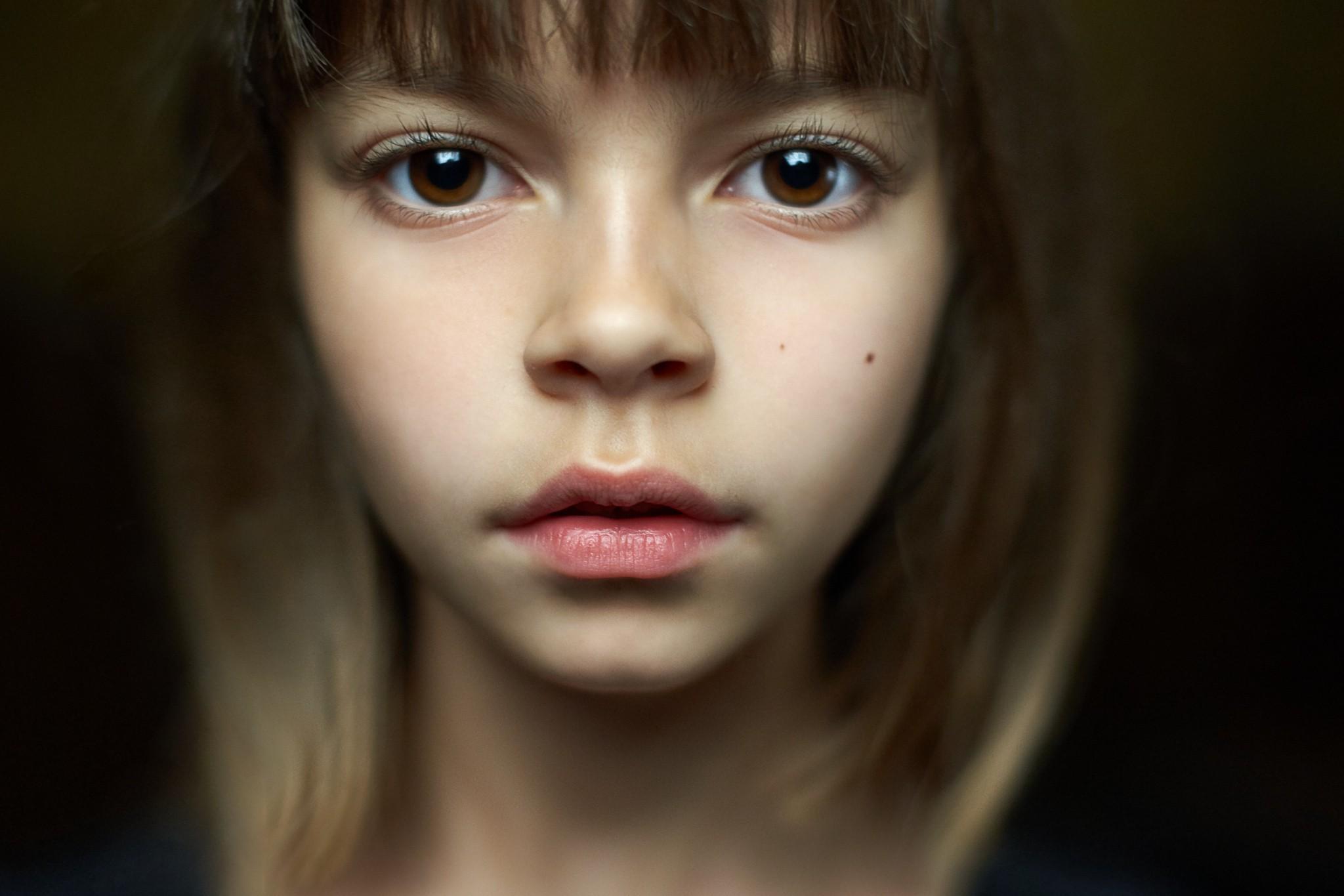 Hintergrundbilder Gesicht Modell Porträt Kinder rot