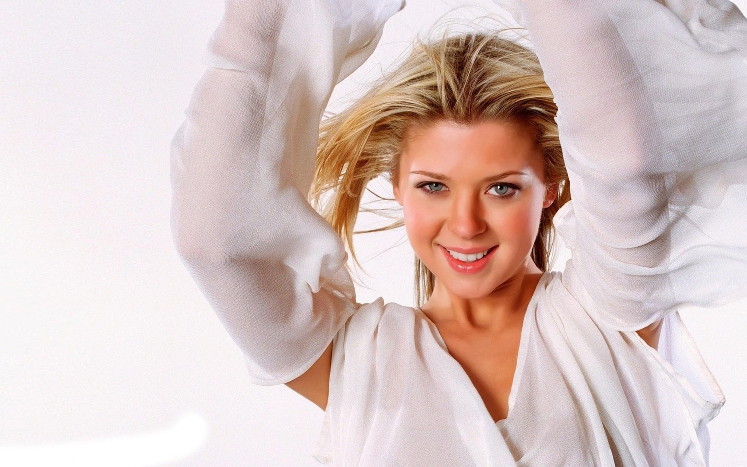 Фото телок знаменитостей, Голые знаменитости - российские голые звезды фото 15 фотография