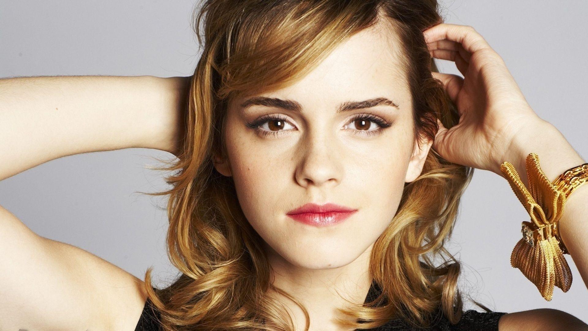 Emma Watson Hair Style: Wallpaper : Face, Long Hair, Singer, Black Hair, Fashion