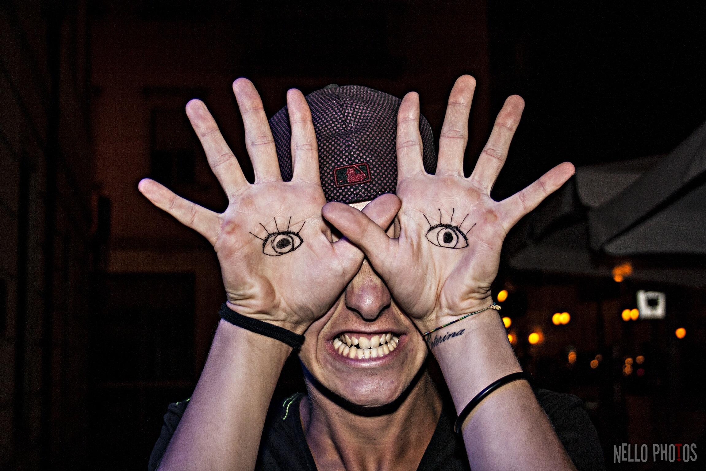Hintergrundbilder : Gesicht, Menschen, Porträt, Hände, Augen, Nacht ...