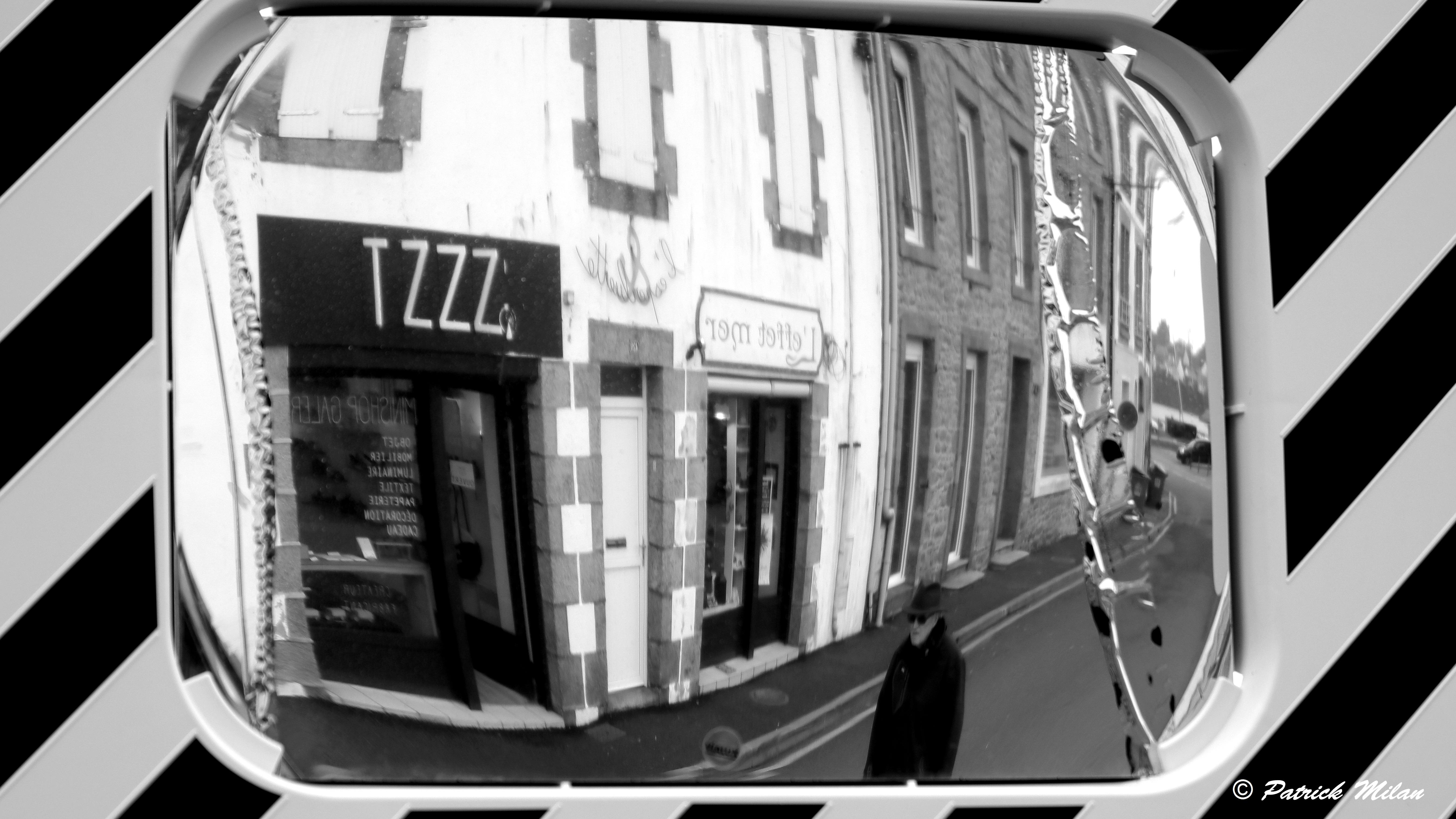 Photo Noir Et Blanc Design wallpaper : face, people, portrait, street, car, vehicle