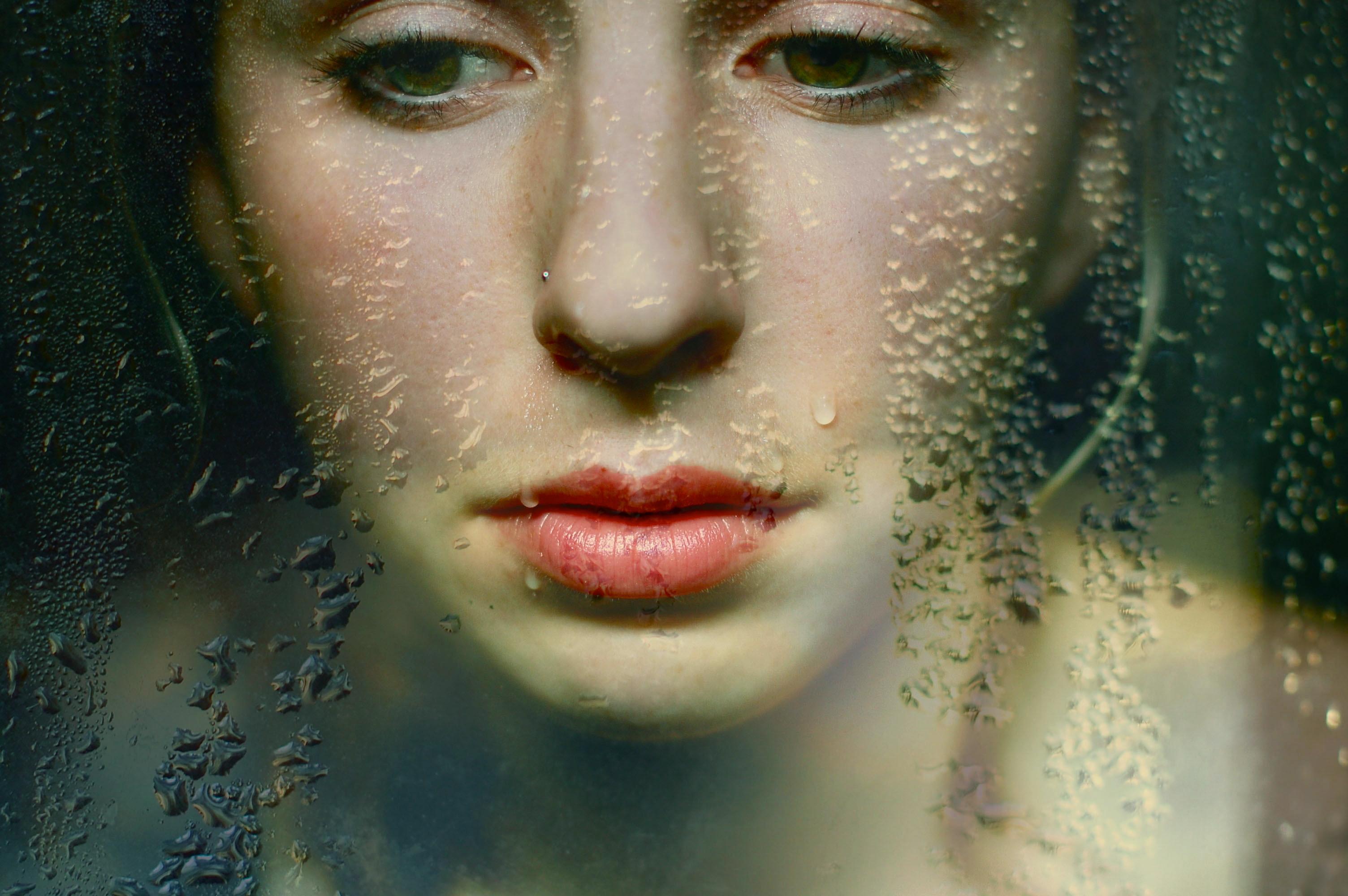 завершение слезы на лице фото рисунки сегодня рассмотрели преимущества