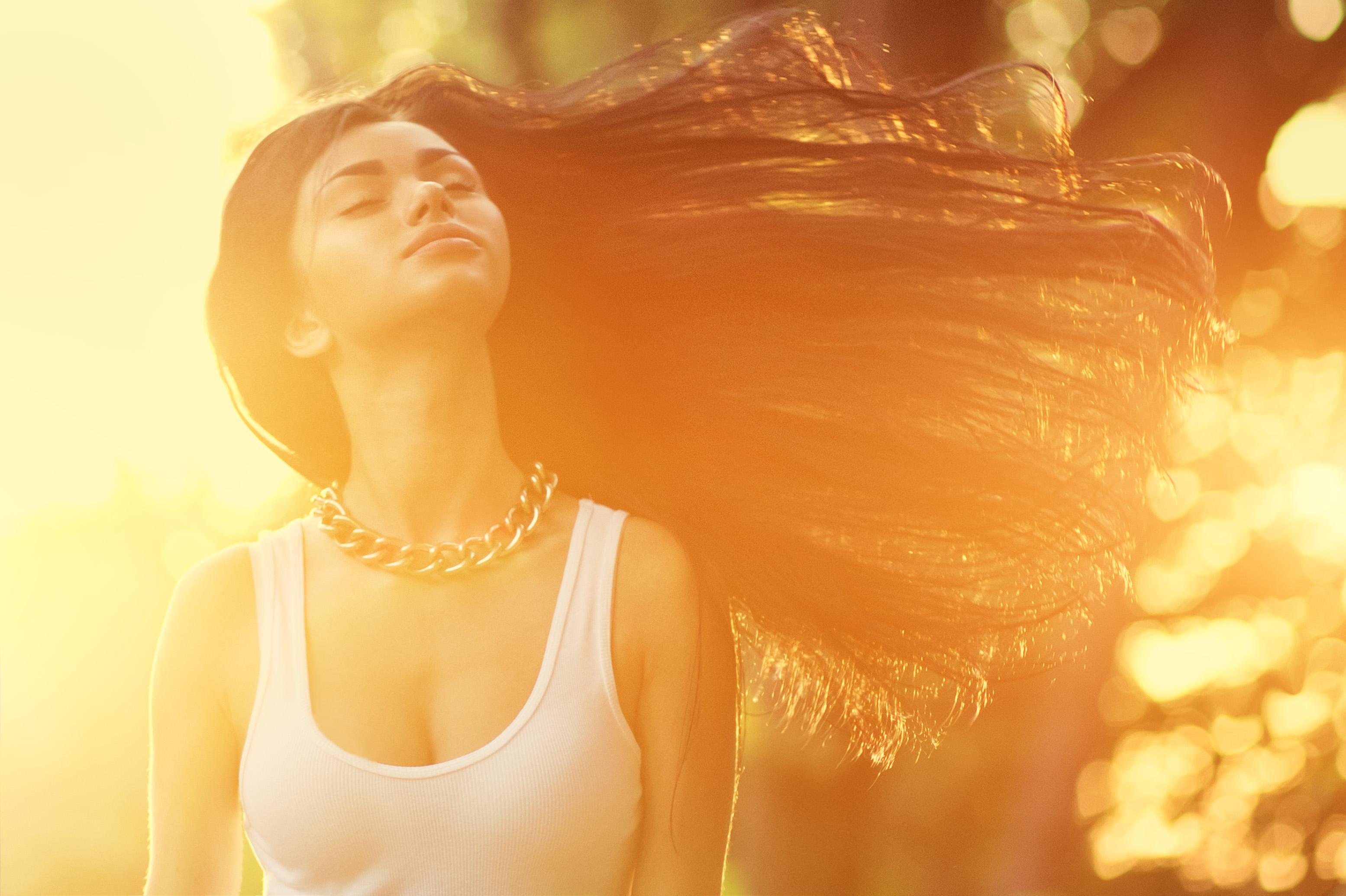 Фото красивых девушек в лучах солнца, Девушка в лучах солнца Girl in the sun Похожие фото 14 фотография
