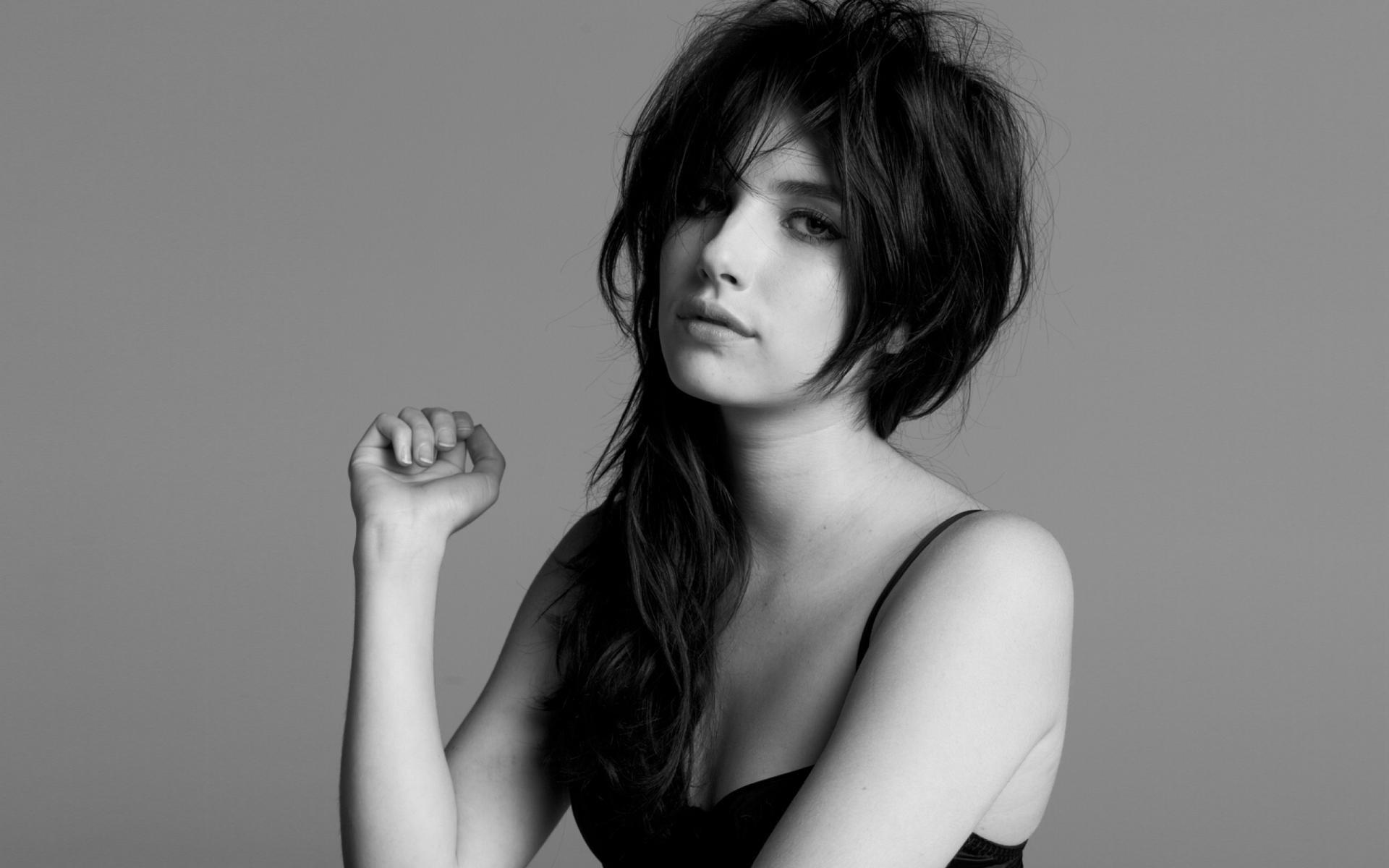 Wallpaper menghadapi satu warna model rambut panjang si rambut coklat rambut hitam Orang kepala supermodel Emma Roberts gadis keindahan mata