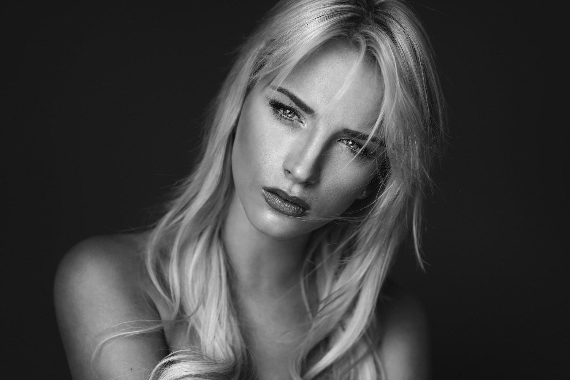 сиси английская модель блондинка вымещу эту