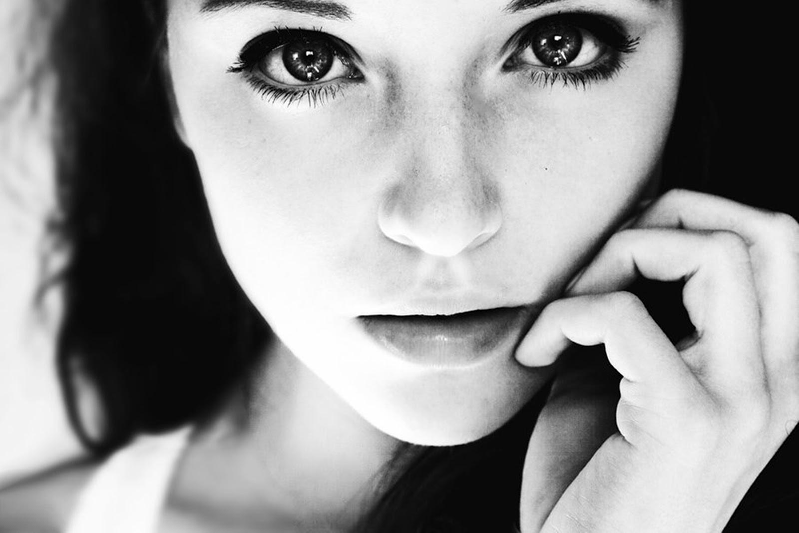картинки черно белые фотографии лица разговоры частенько слышу