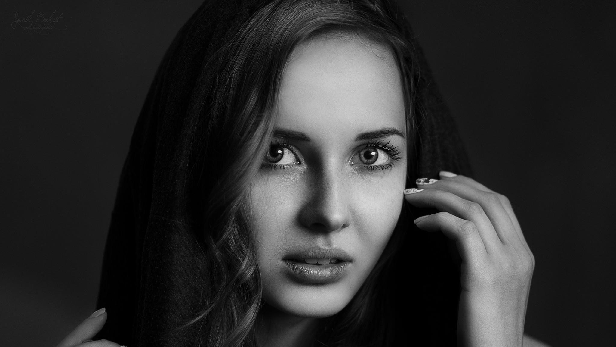 Sfondi viso bianca donne monocromo capelli lunghi for Foto hd bianco e nero