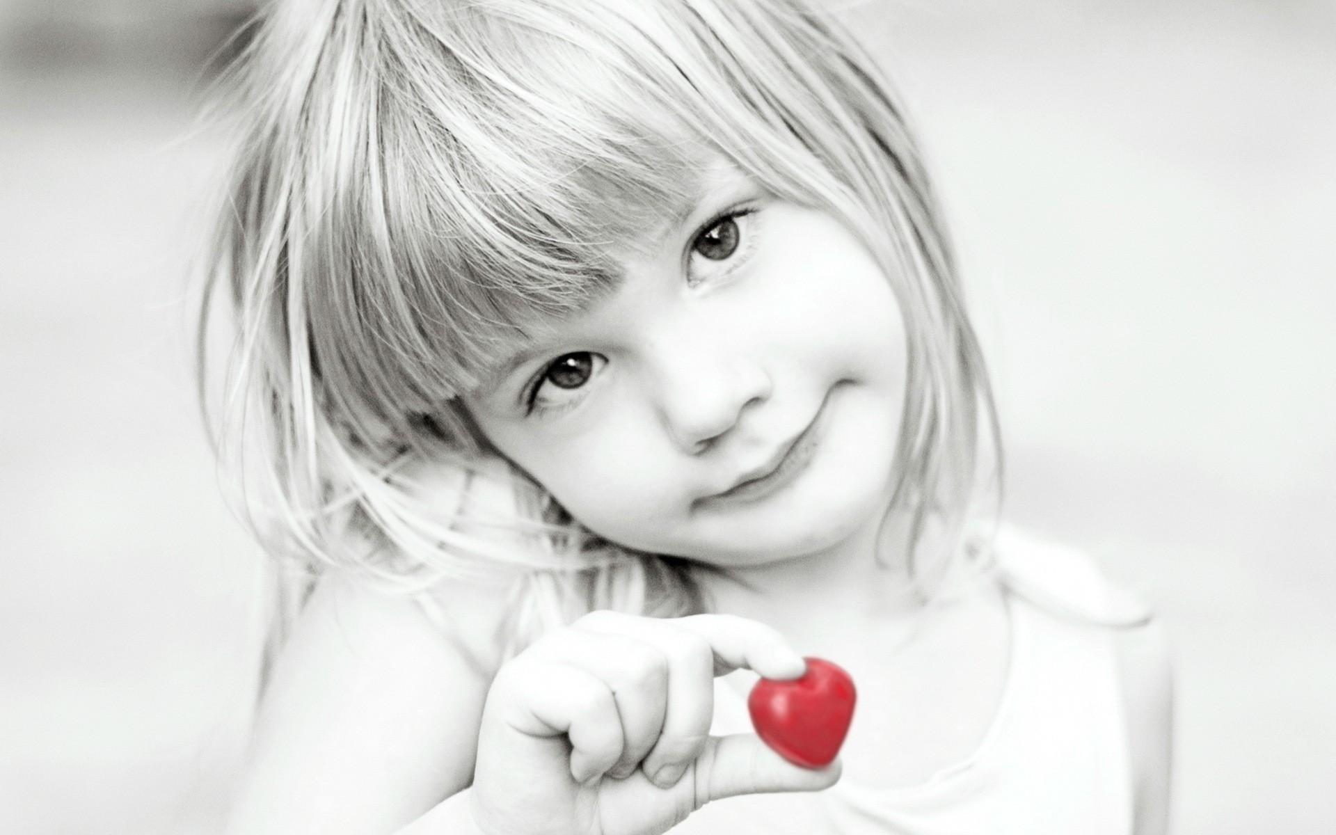 Девочка и воздушный поцелуй картинки