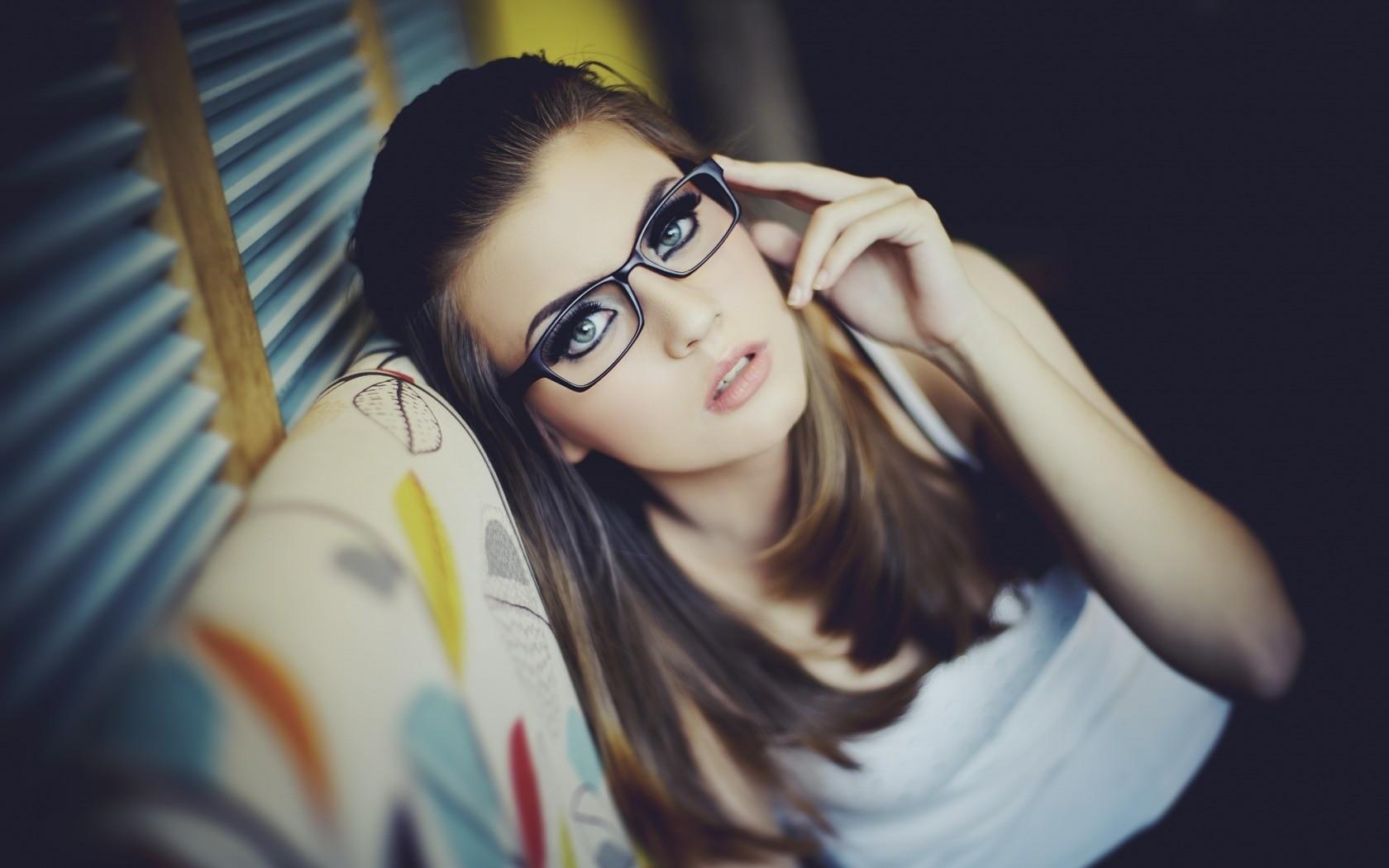 Wallpaper : Face, White, Model, Women With Glasses
