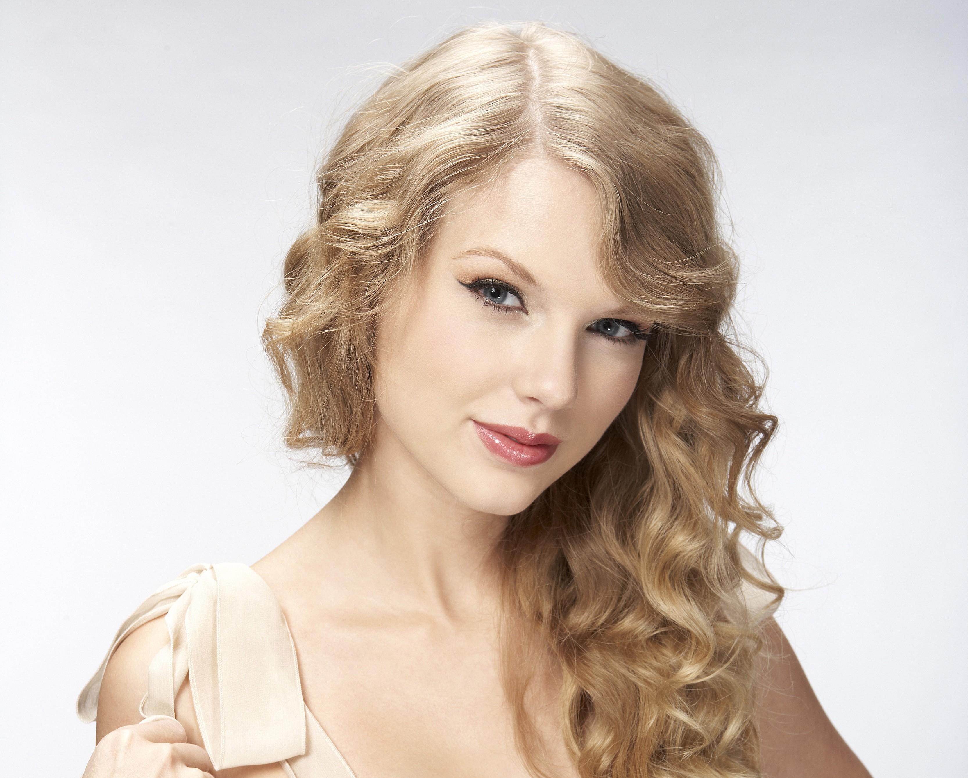 Wallpaper Face Women Blonde Long Hair Blue Eyes Singer